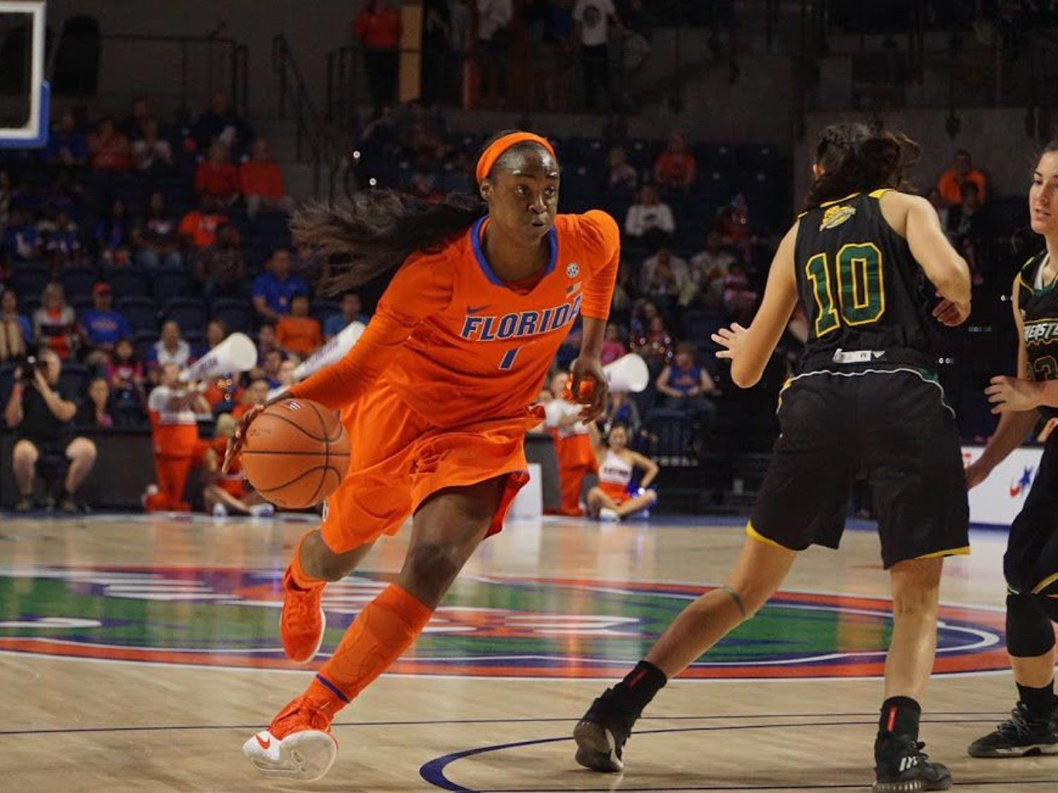 UF forward Ronni Williams dribbles the ball during Florida's 102-51 win over Southeastern Louisiana on Dec. 28, 2016, in the O'Connell Center.