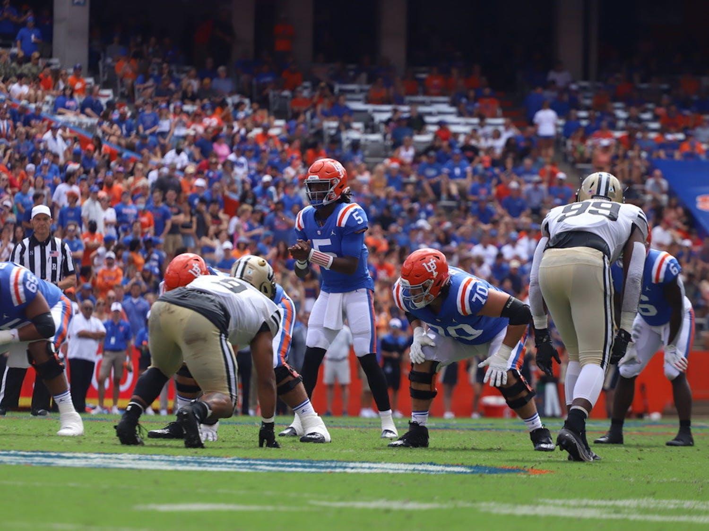 Florida quarterback Emory Jones prepares for a play against Vanderbilt during Saturday's 42-0 victory.
