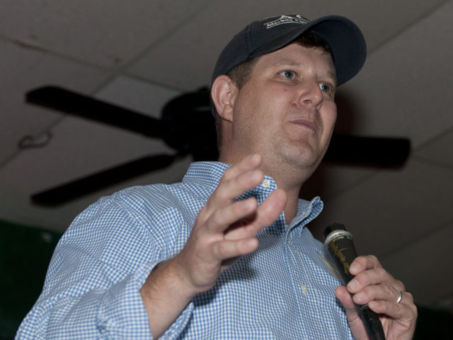 Lauren Poe speaks at Mother's Pub on Thursday about his candidacy for Gainesville's At-Large 1 seat in the 2012 election.