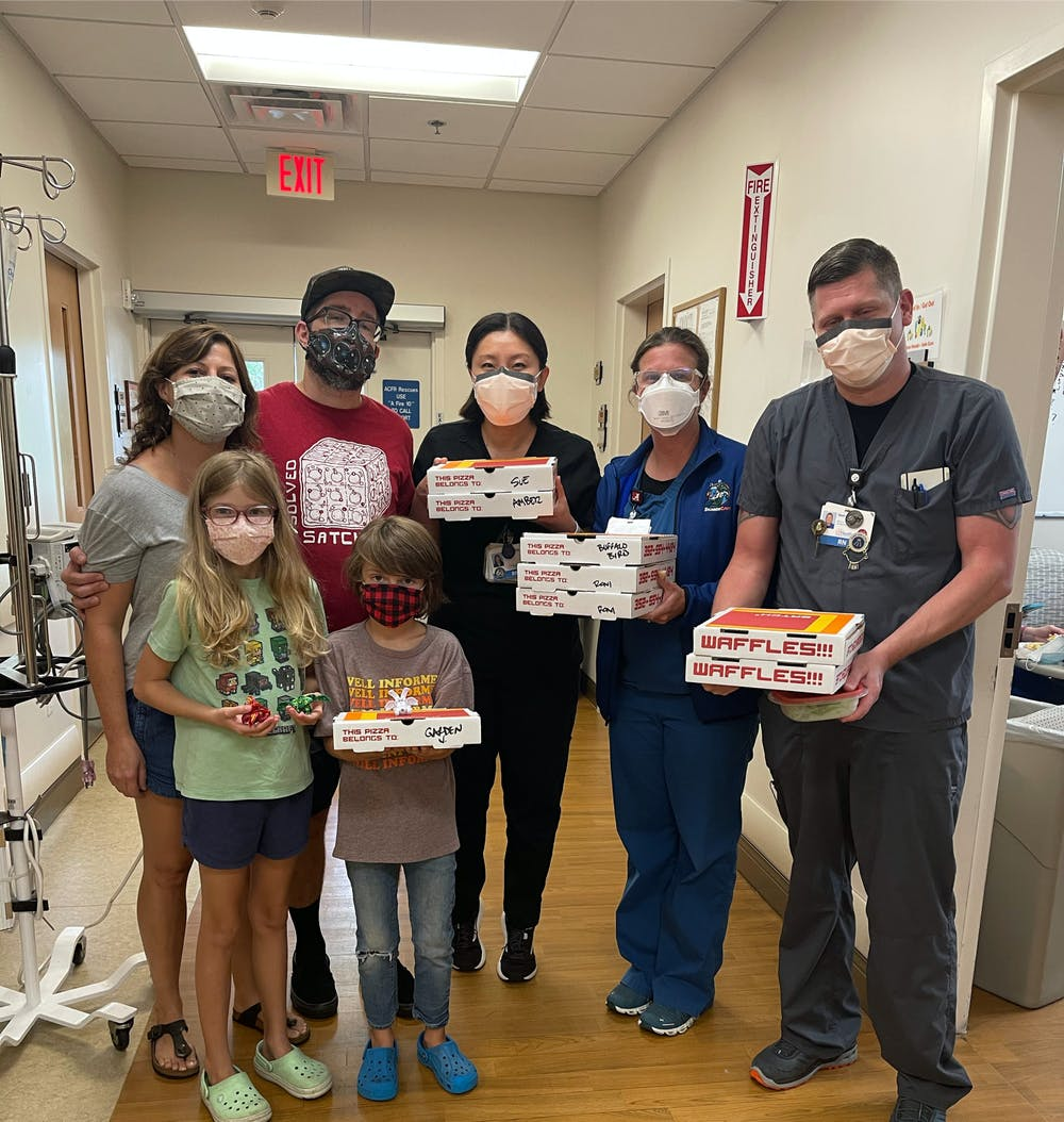 <p>As part of their community outreach efforts, Satch² is donating pizzas to local hospitals to give back to healthcare workers.</p>