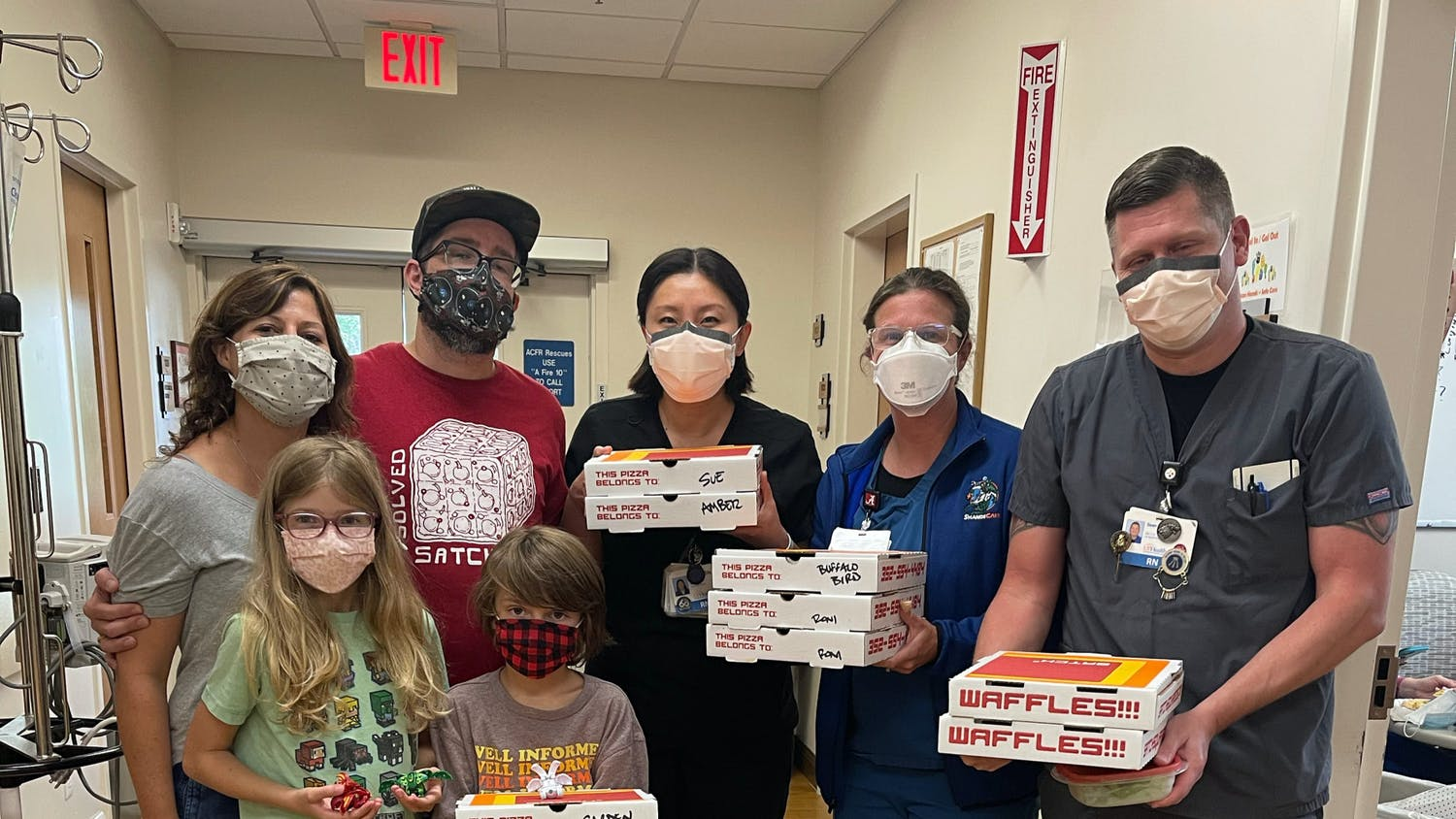 As part of their community outreach efforts, Satch² is donating pizzas to local hospitals to give back to healthcare workers.