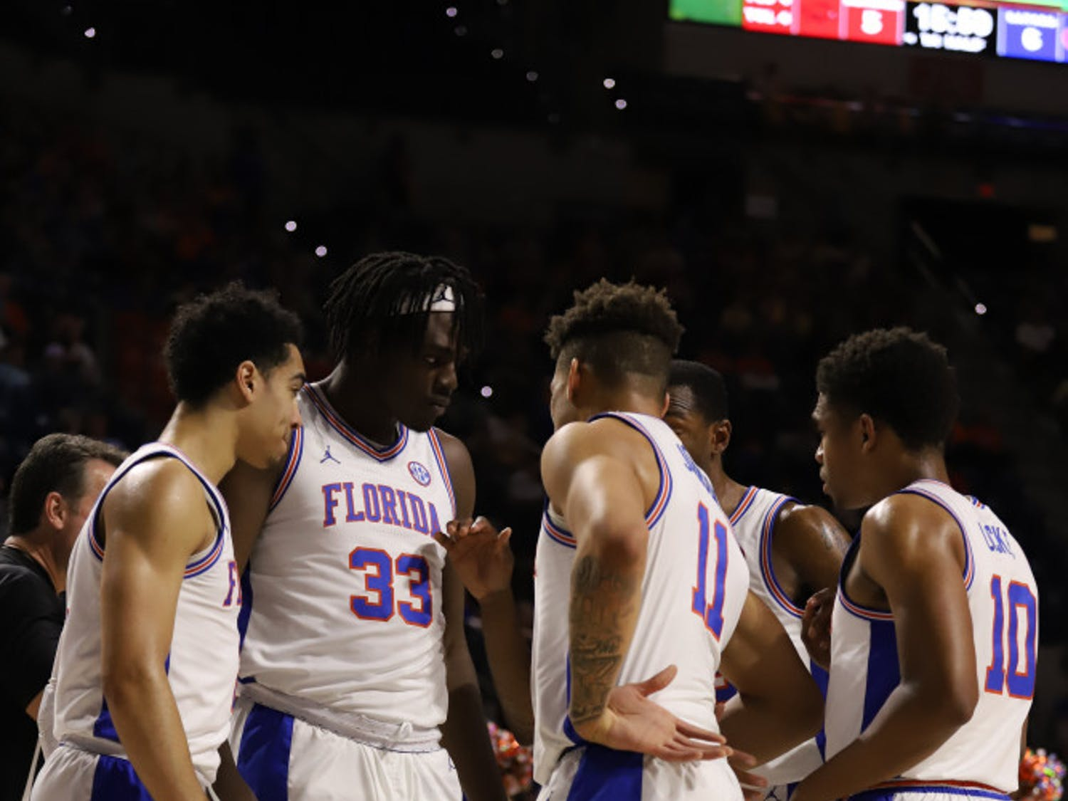 Florida players come together during a timeout in a win over LSU.