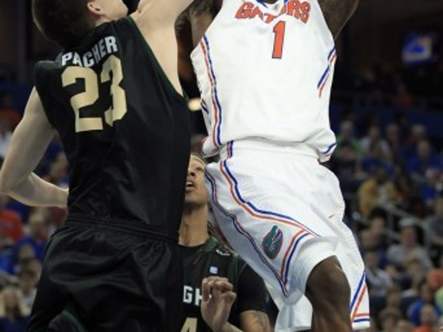 Florida junior guard Kenny Boynton scored 22 points Monday off a game-high six 3-pointers in a 78-65 win against Wright State.