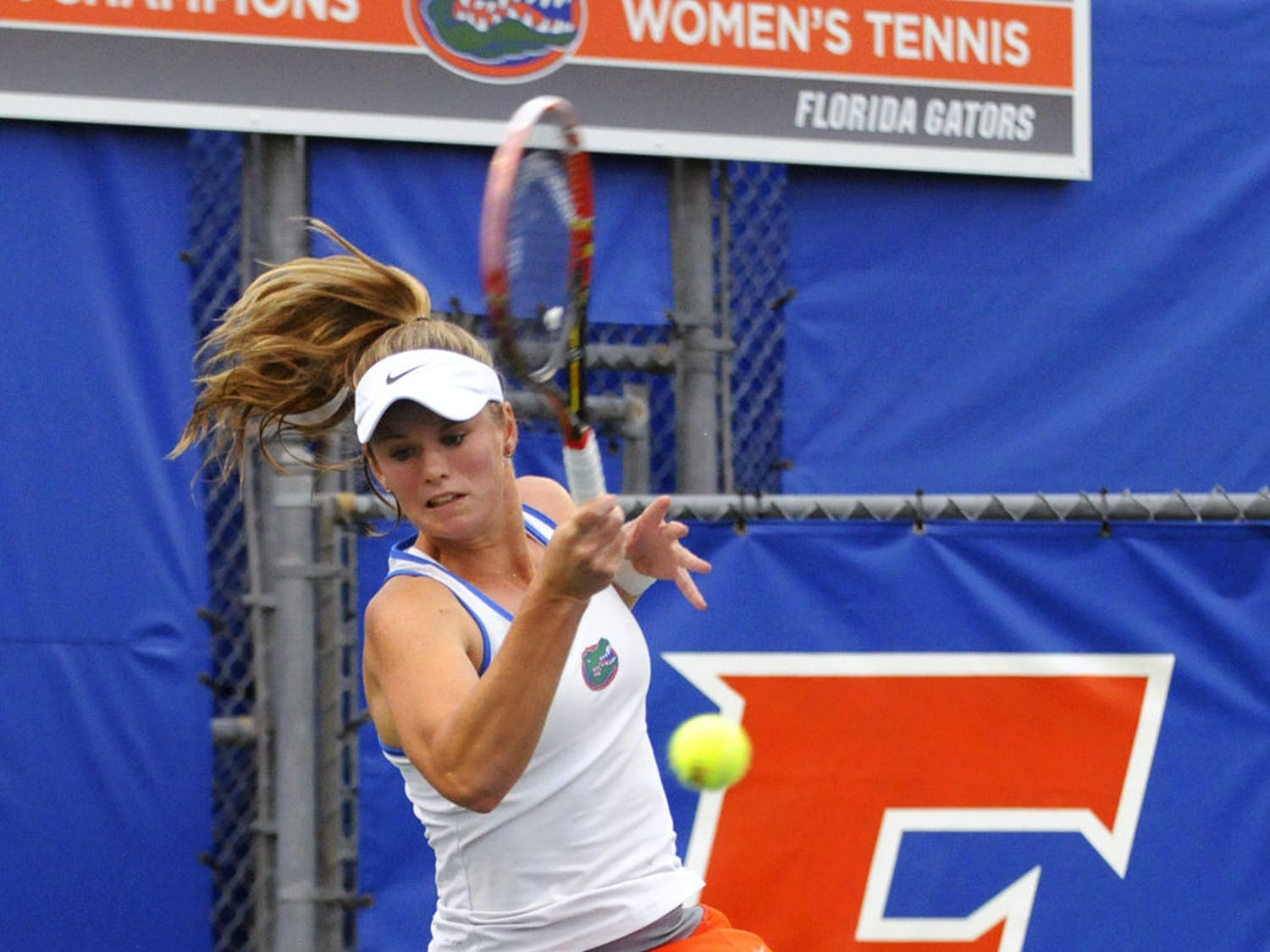 Belinda Woolcock returns a ball during a ball during Florida's win against South Florida on Jan. 27 at the Ring Tennis Complex.