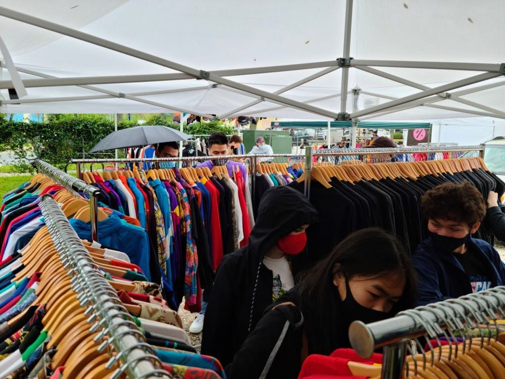 Patrons browse a vintage market in Oct. 2020.