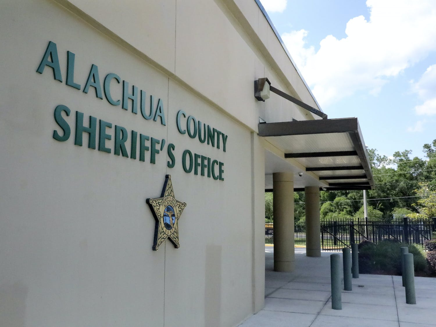 The Alachua County Sheriff's Office on Southeast Hawthorn Road on Monday, May 3, 2021. (Photo by Mingmei Li)