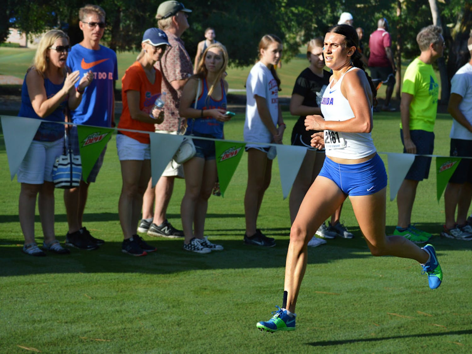 Jessica Pascoe became the first UF runner to finish first in every meet she competed in in a season.