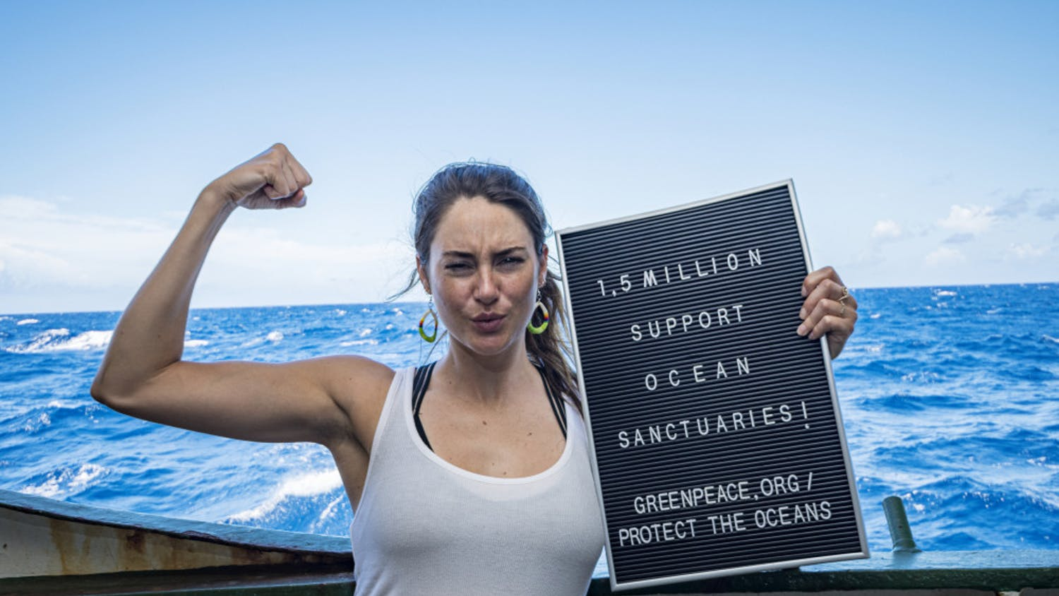 Shailene Woodley joined UF researchers Nerine Constant and Alexandra Gulick on a Greenpeace expedition to the Sargasso Sea. Woodley wrote a TIME article detailing her experiences on the expedition and how she will continue advocating for protecting the oceans.© Shane Gross / Greenpeace