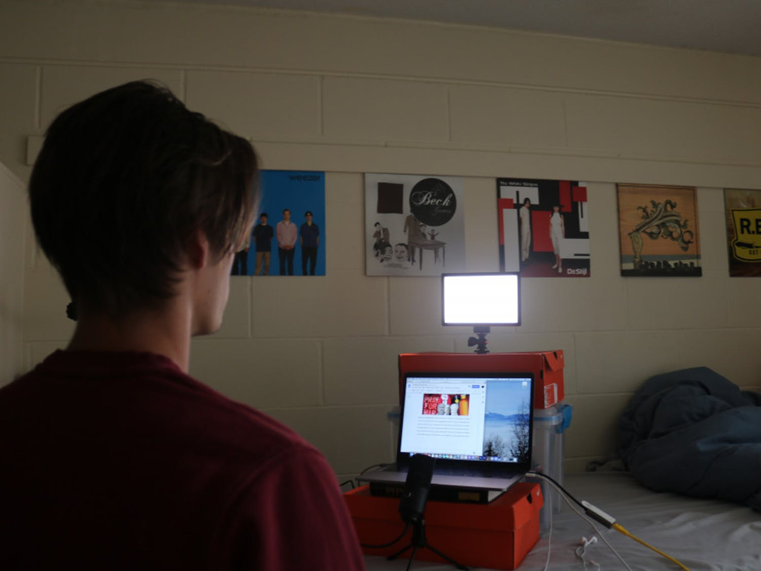 Bryce Hagen, 19, a UF acting sophomore practicing remotely for theatre and dance productions.