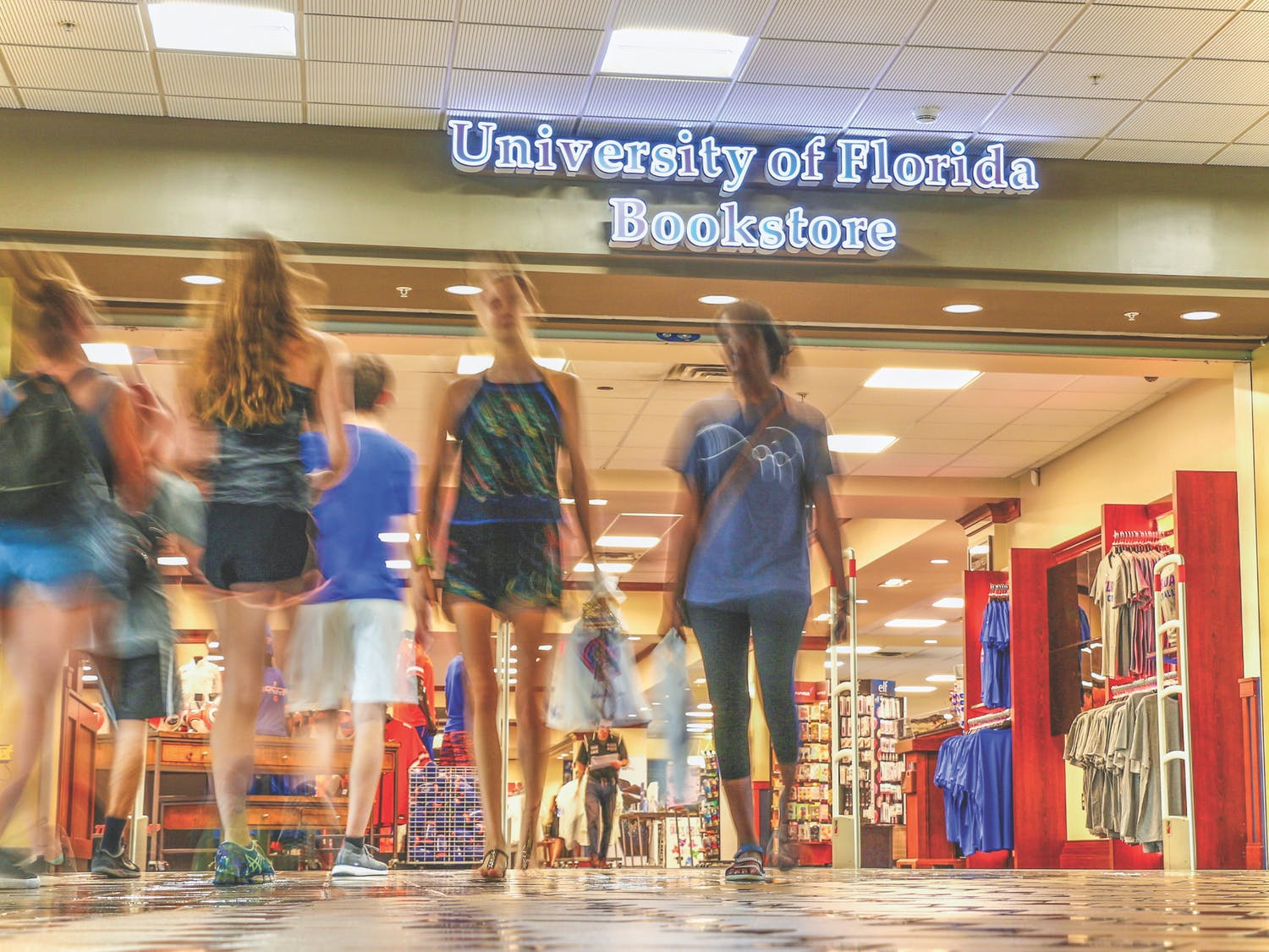 This year marks the fourth annual Rally in the Swamp, a student pep rally held to start the 2017-2018 school year on the right foot. Students were invited to play games and welcomed back to school by Coach Jim McElwain, Athletic Director Scott Stricklin and UF President Kent Fuchs. Most importantly, attendees were taught the great game-day traditions for Saturday football.