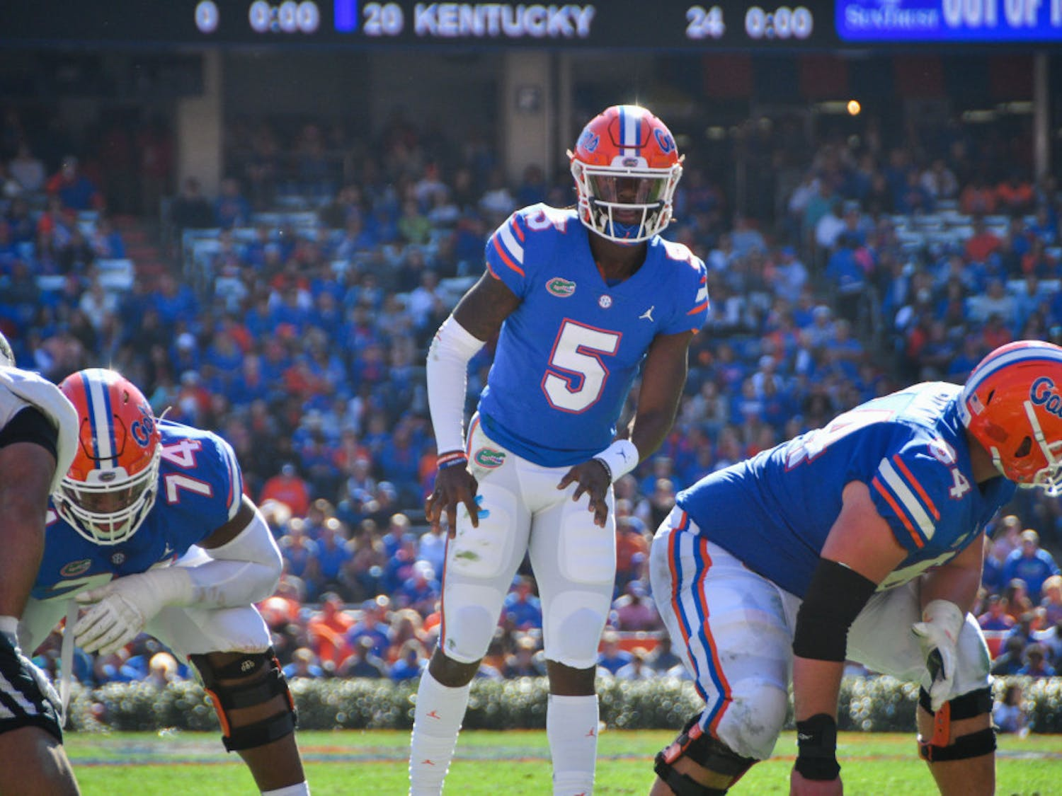 Florida quarterback Emory Jones gets ready for a play against Idaho during Florida's 63-10 win on Nov. 17, 2018.