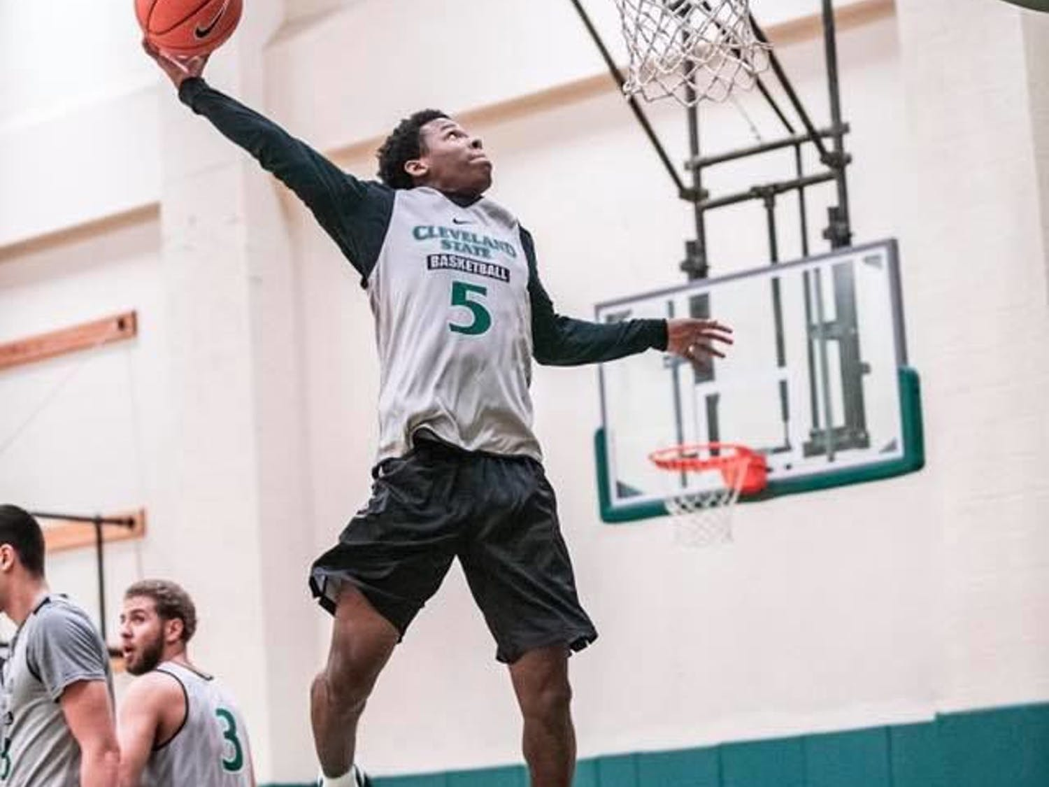 Undergraduate transfer Tyree Appleby averaged 17.2 points and 5.6 assists last year for the Cleveland State Vikings.