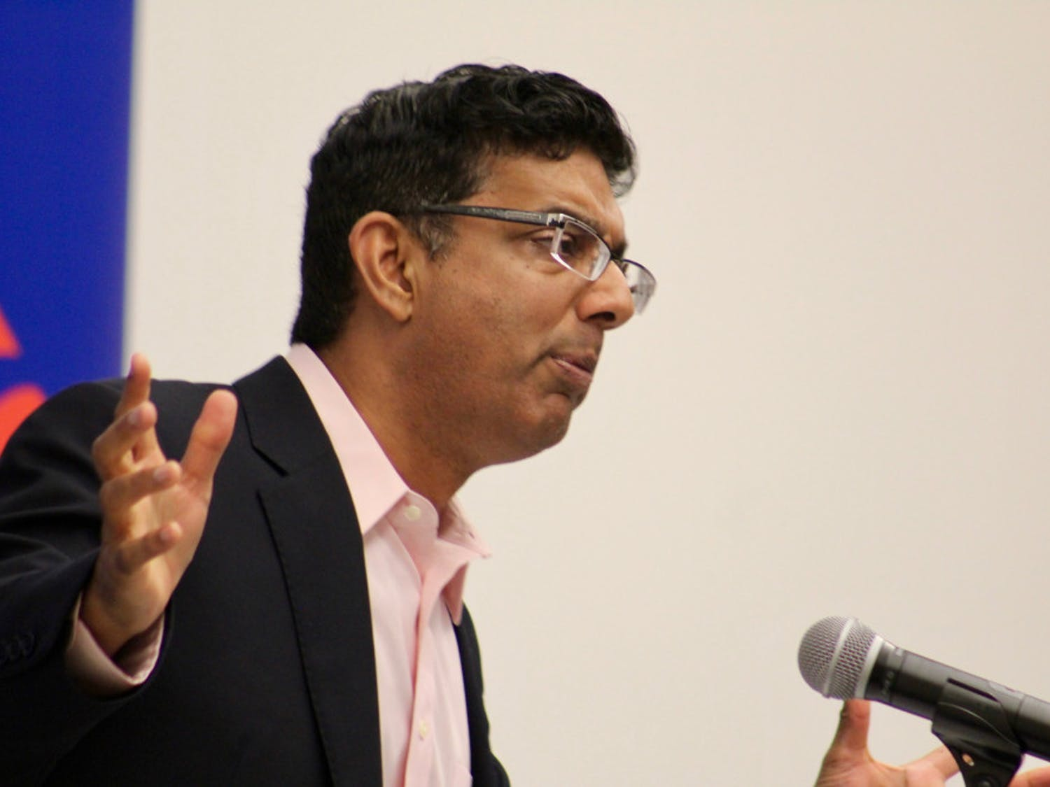 Dinesh D'Souza did not shy away from hard political topics and primarily talked about the differences between the Democratic and Republican Parties that have dominated American politics.