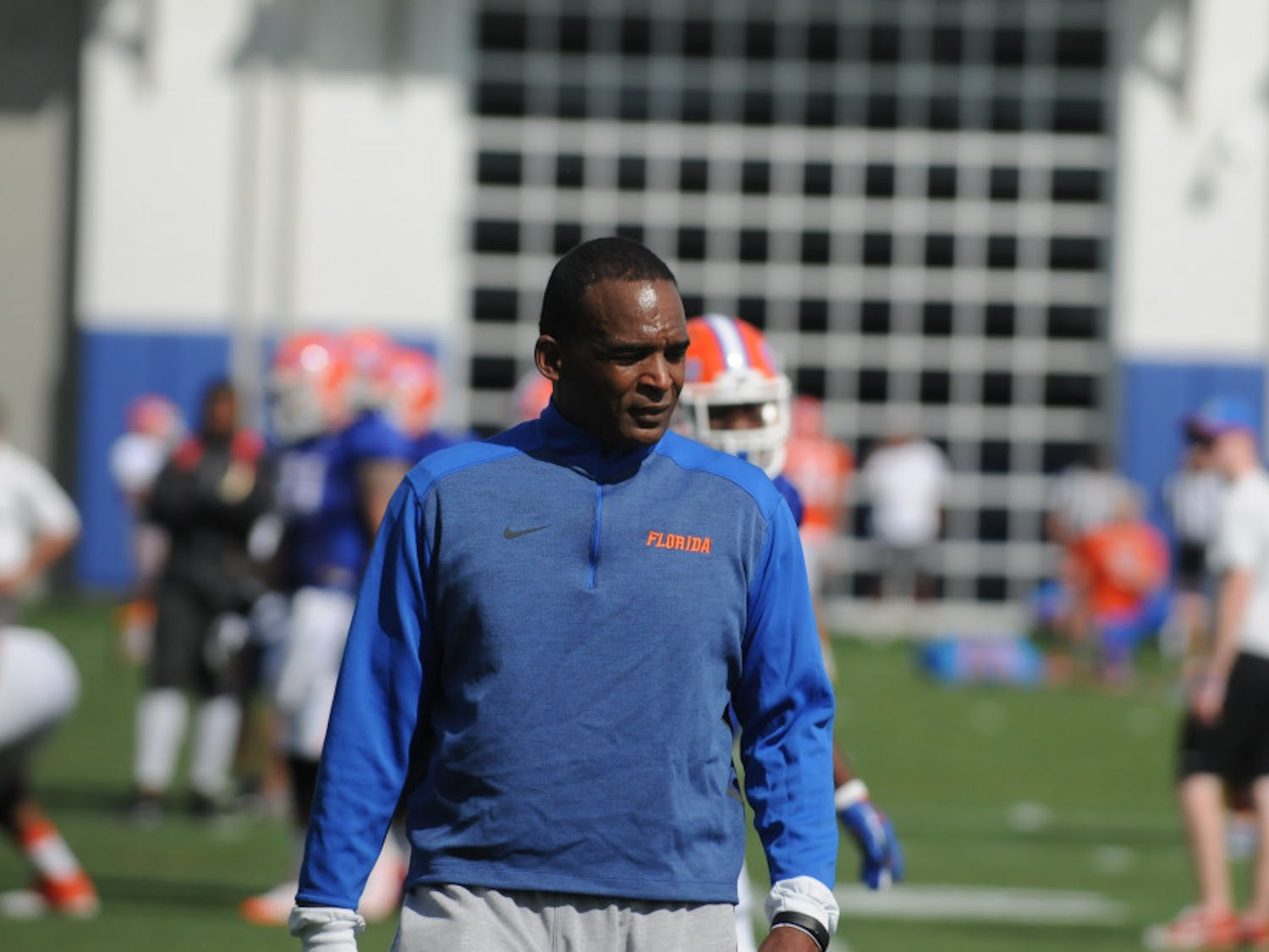 Florida linebackers coach Randy Shannon watches a drillduring a Spring practice on March 16, 2016, at the Sanders Practice Fields.