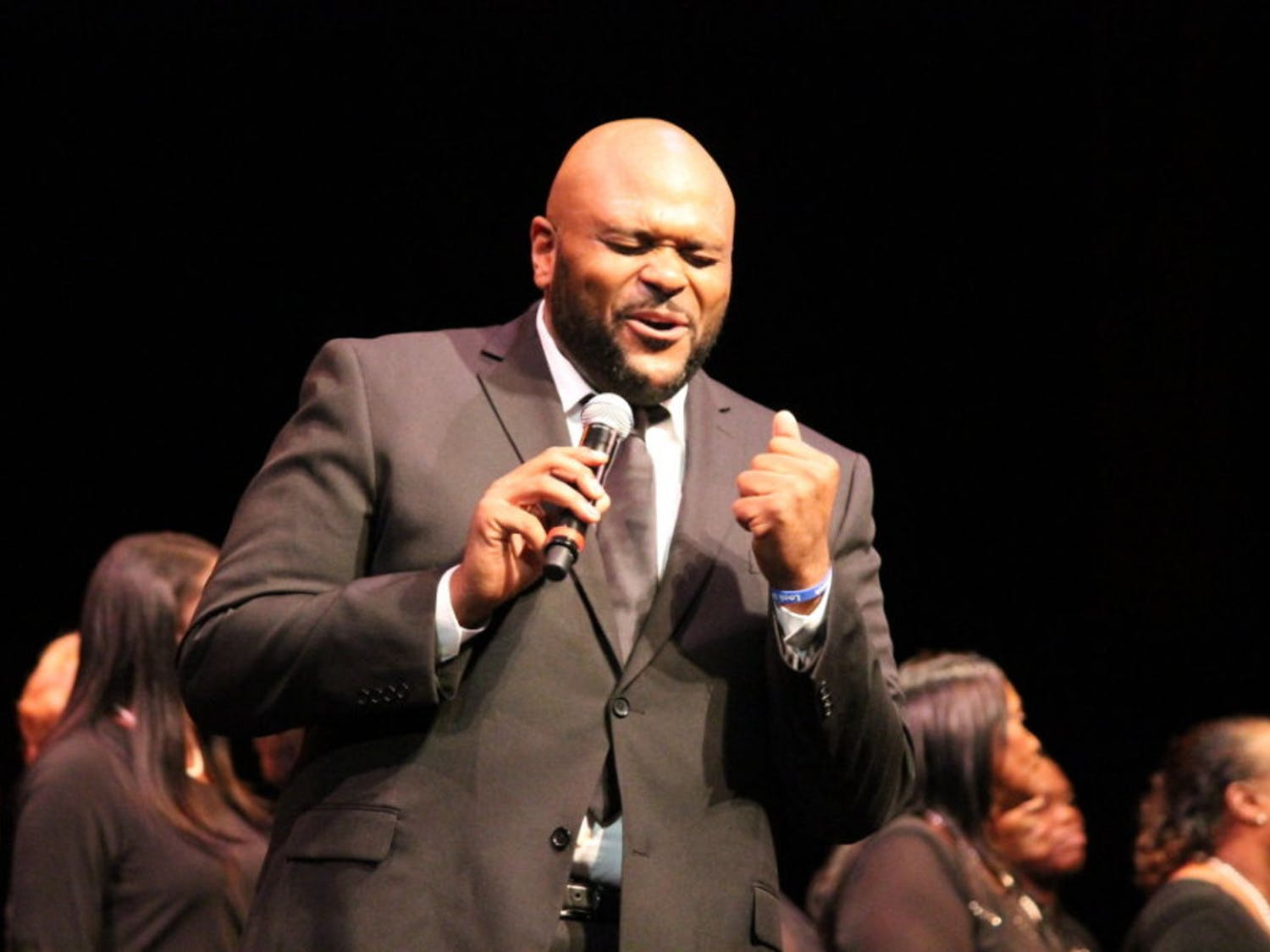 """Ruben Studdard, 36-year-old American Idol winner, sings """"Flying Without Wings"""" with local gospel choirs and Santa Fe students. """"Flying Without Wings"""" is the song that Studdard performed when he won American Idol in 2003."""