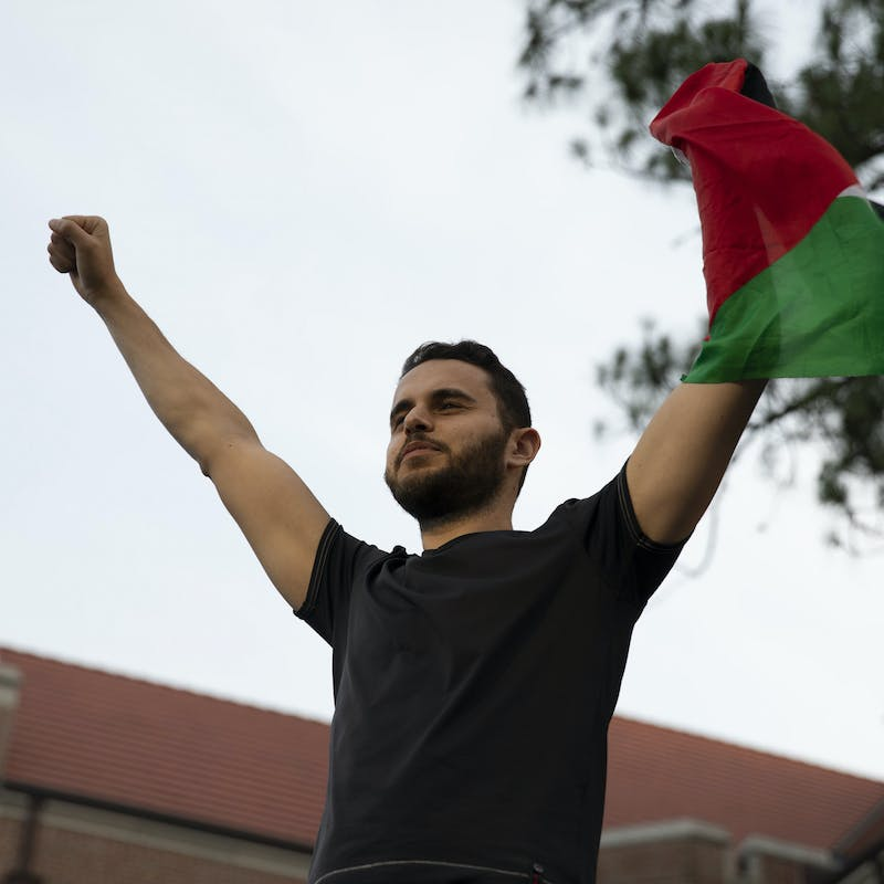 Gainesville shows solidarity with Palestine