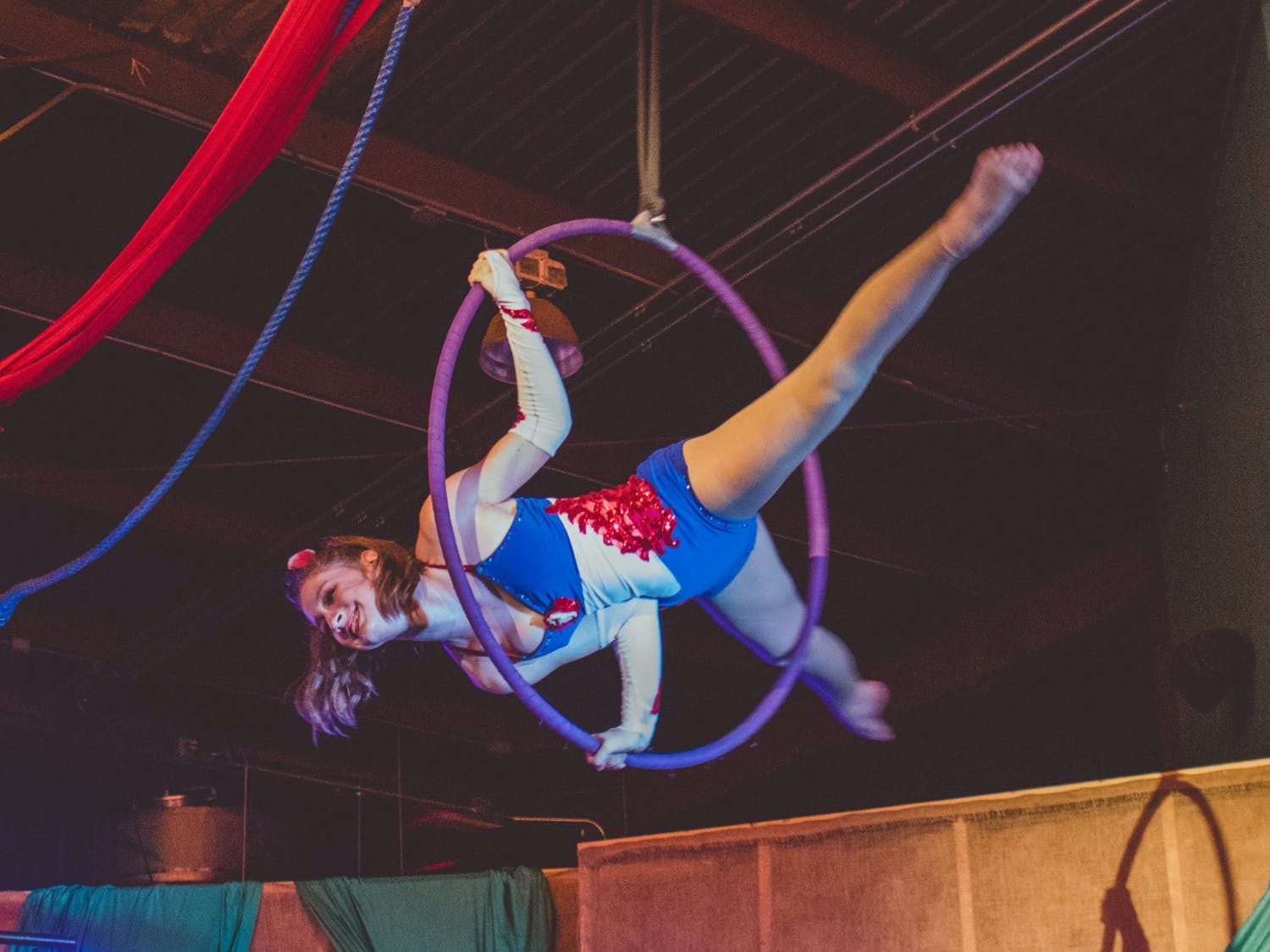 Dusty's Drive-In Circus sets acrobatic artistry to a soundtrack of ragtime covers of pop songs.