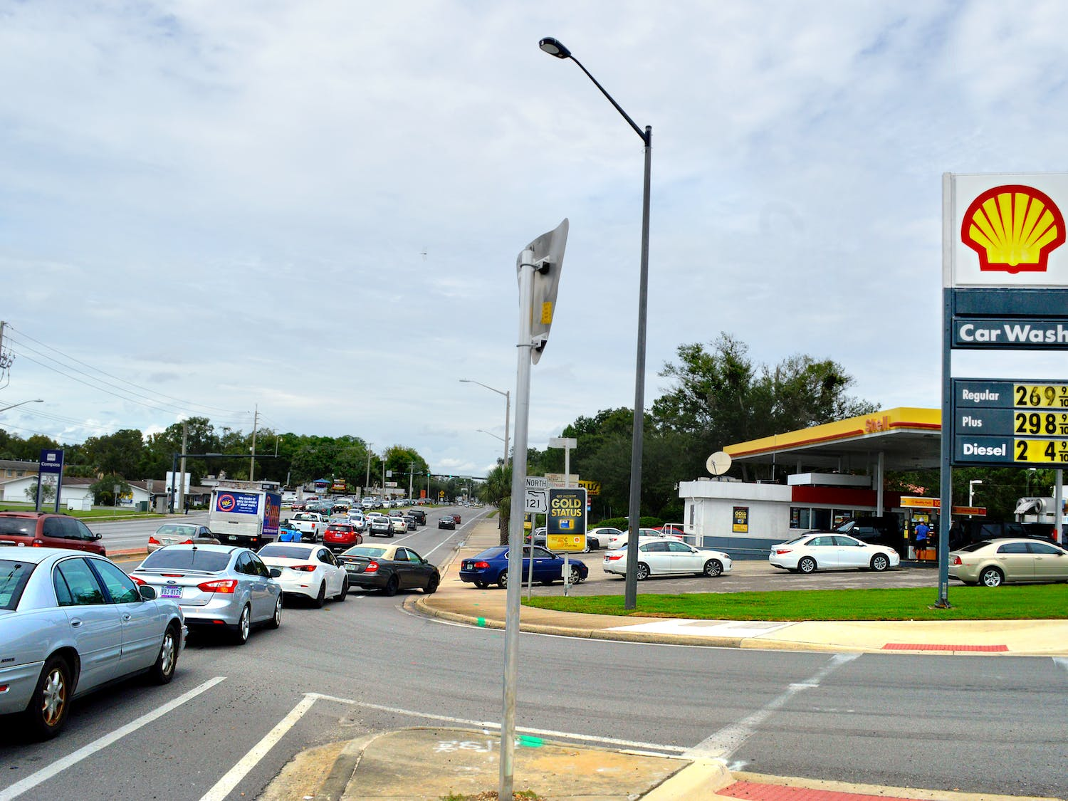 The Shell gas station on Archer Road experiences backups extending into traffic lanes as Gainesville locals attempt to fill up their tanks before experiencing the potential effects of Hurricane Irma.