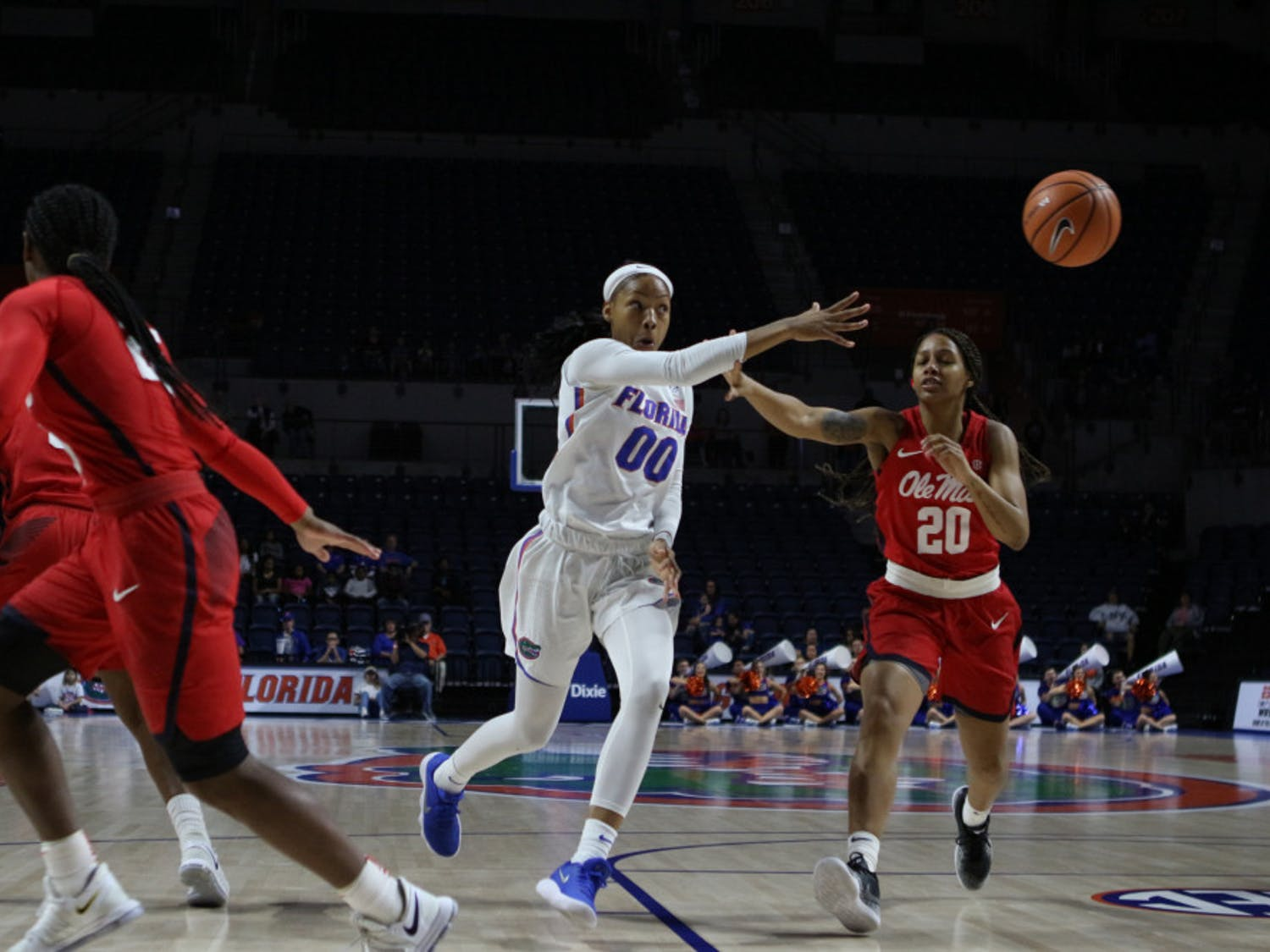 Guard Delicia Washington (00) is one of two returning Gators starters for the 2018-19 season.