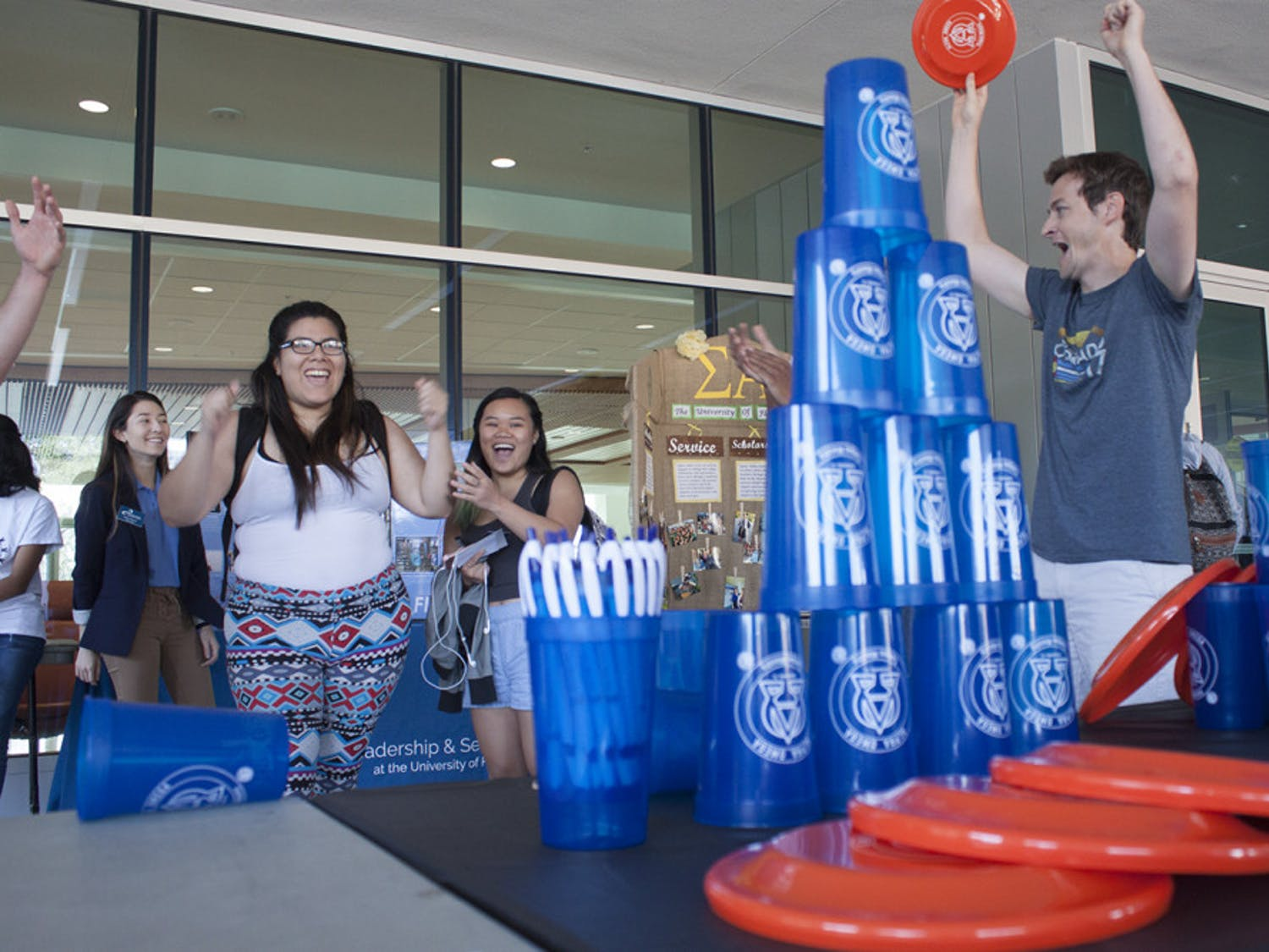 Hundreds of students came through the Reitz Union lawn to check out some of UF's organizations and get free pizza at the Spring 2017 Student Organization Fair on Wednesday. The fair was hosted by the Department of Student Activities and Involvement and the Involvement Team. It ran from 10 a.m. until 2 p.m. Organizations and clubs, from the Hip-Hop Collective to the UF Data Science and Informatics Student Organization, tabled on the lawn to give information to prospective club members. Whether it was geocaching, Japanese culture, a club for first-generation college students or the Theatre Strike Force, there was a booth at the Spring 2017 Student Organization Fair helping students get involved on campus.