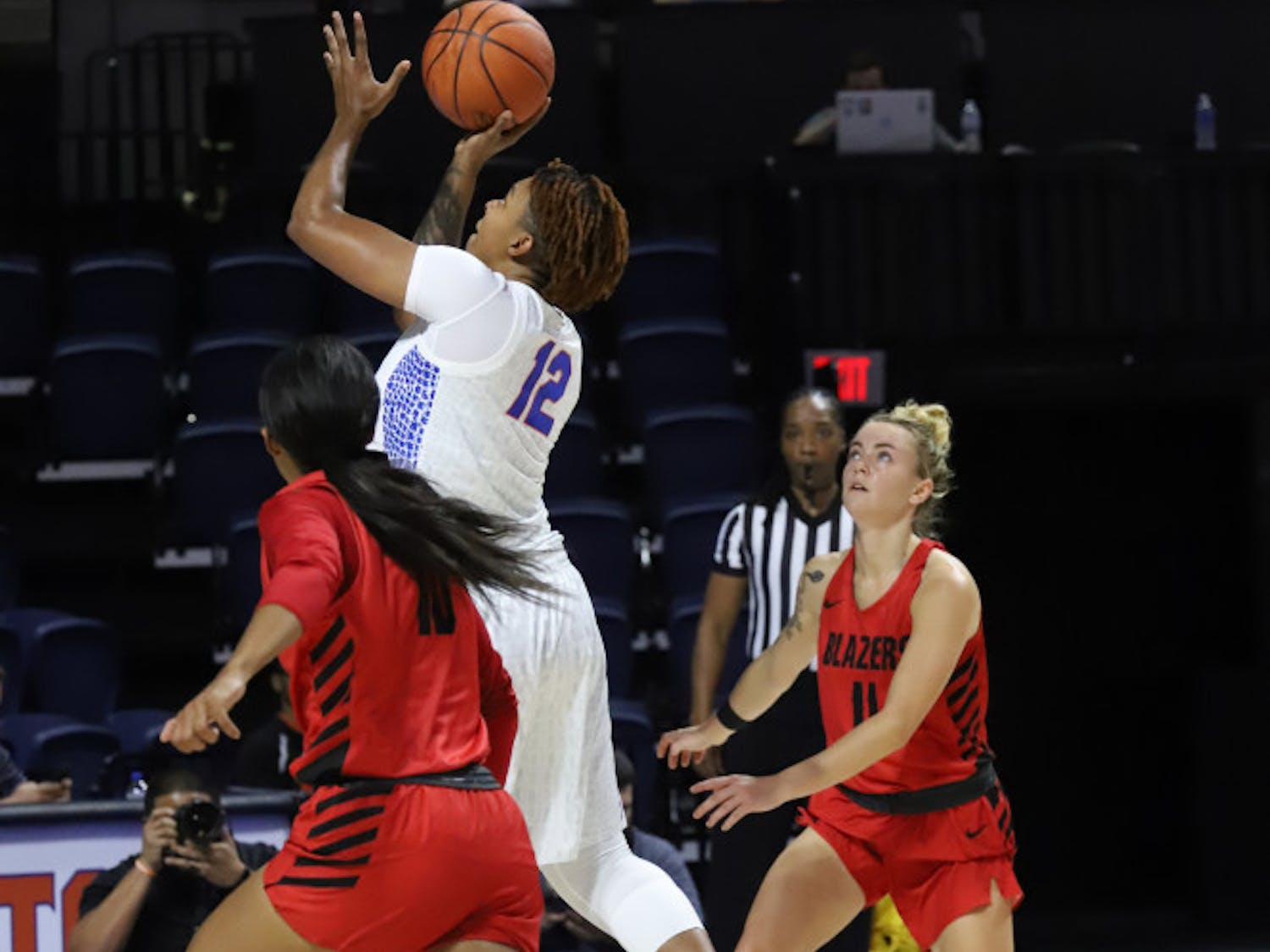 Forward Zada Williams had 13 points on 6-of-9 shooting in UF's exhibition win over Valdosta State.