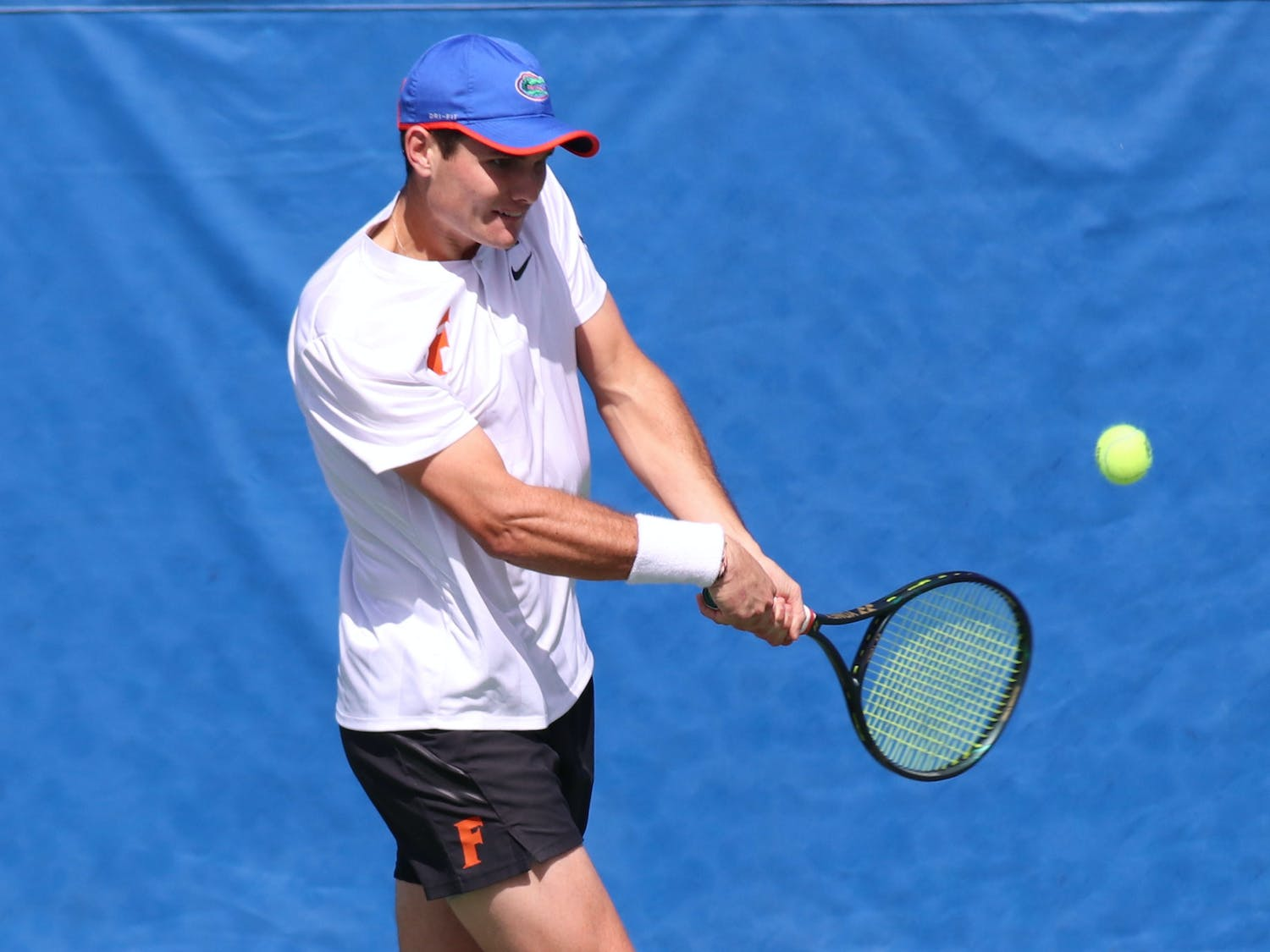 Seniors Andy Andrade and Duarte Vale and junior Sam Riffice combine for a 30-8 record. Photo from UF-Auburn match Feb. 21.