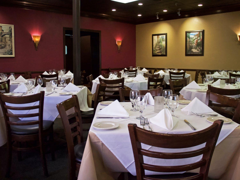 The dining room is set at Amelia's Fine Italian Cuisine on Thursday, Oct. 21, 2021.