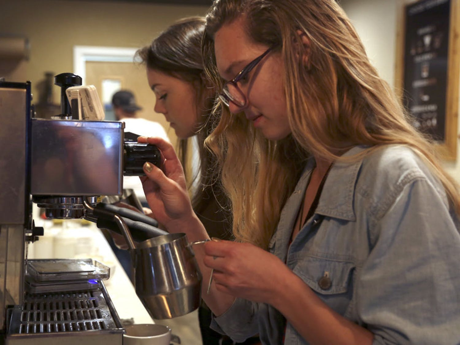 Know Where Coffee celebrated its one-year anniversary with its first-ever latte art competition, attended by about 40 people.