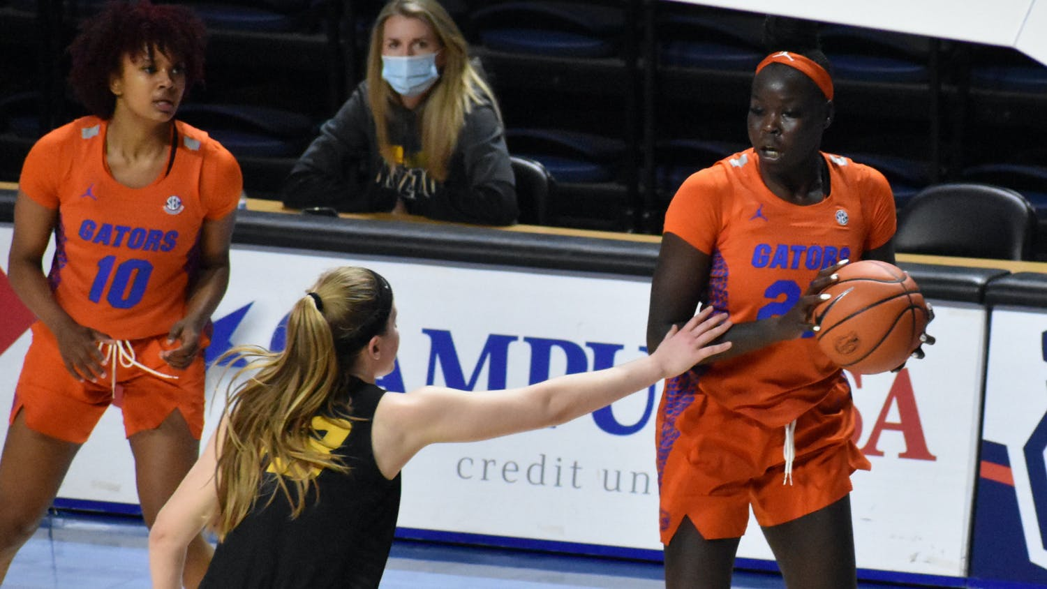 It took Florida nearly three minutes to get on the scoreboard before sophomore Faith Dut hit both free throws to cut LSU's lead in half.