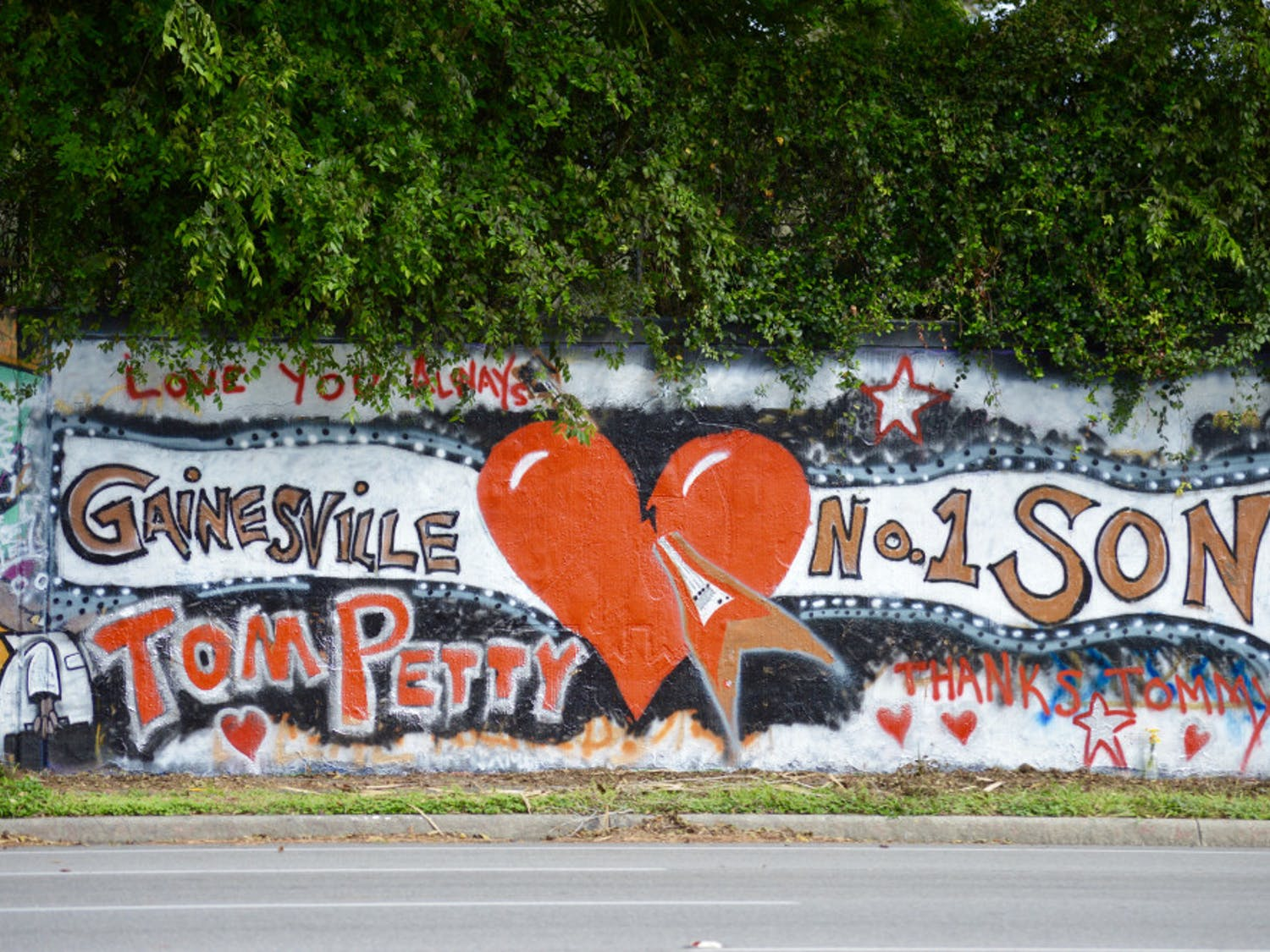 A mural dedicated to Gainesville native Tom Petty appeared on the 34th Street Wall in Gainesville, Florida following the death of the musician.