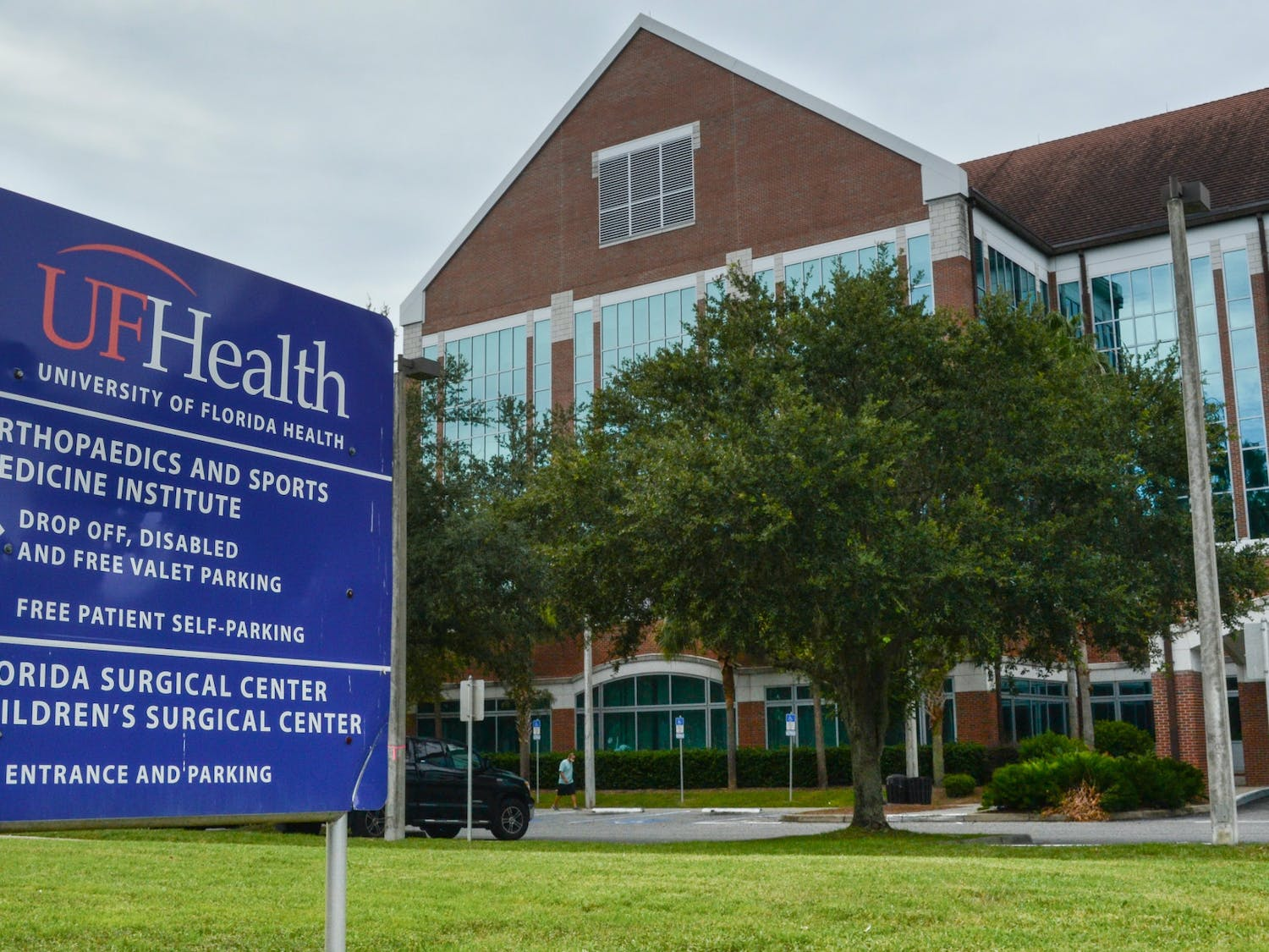 The UF Health Orthopaedics ans Sports Medicine Institute, located at 3450 SW Hull Road on Tuesday, July 27, 2021. The building, which houses comprehensive rehabilitation services, is one of many UF College of Medicine ventures operating under the new department of physical medicine and rehabilitation, the college's first new clinical department in 30 years.