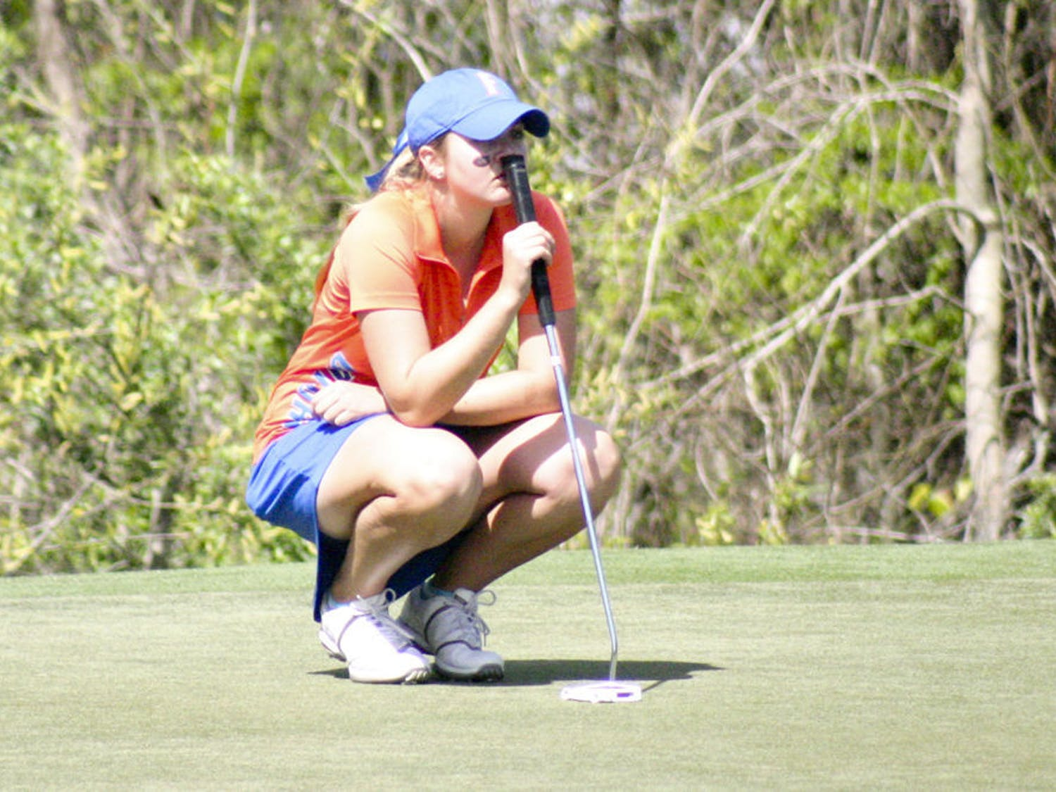 Kelly Grassel lines up a shot during the 2015 SunTrust Gator Invitational at UF's Mark Bostick Golf Course.