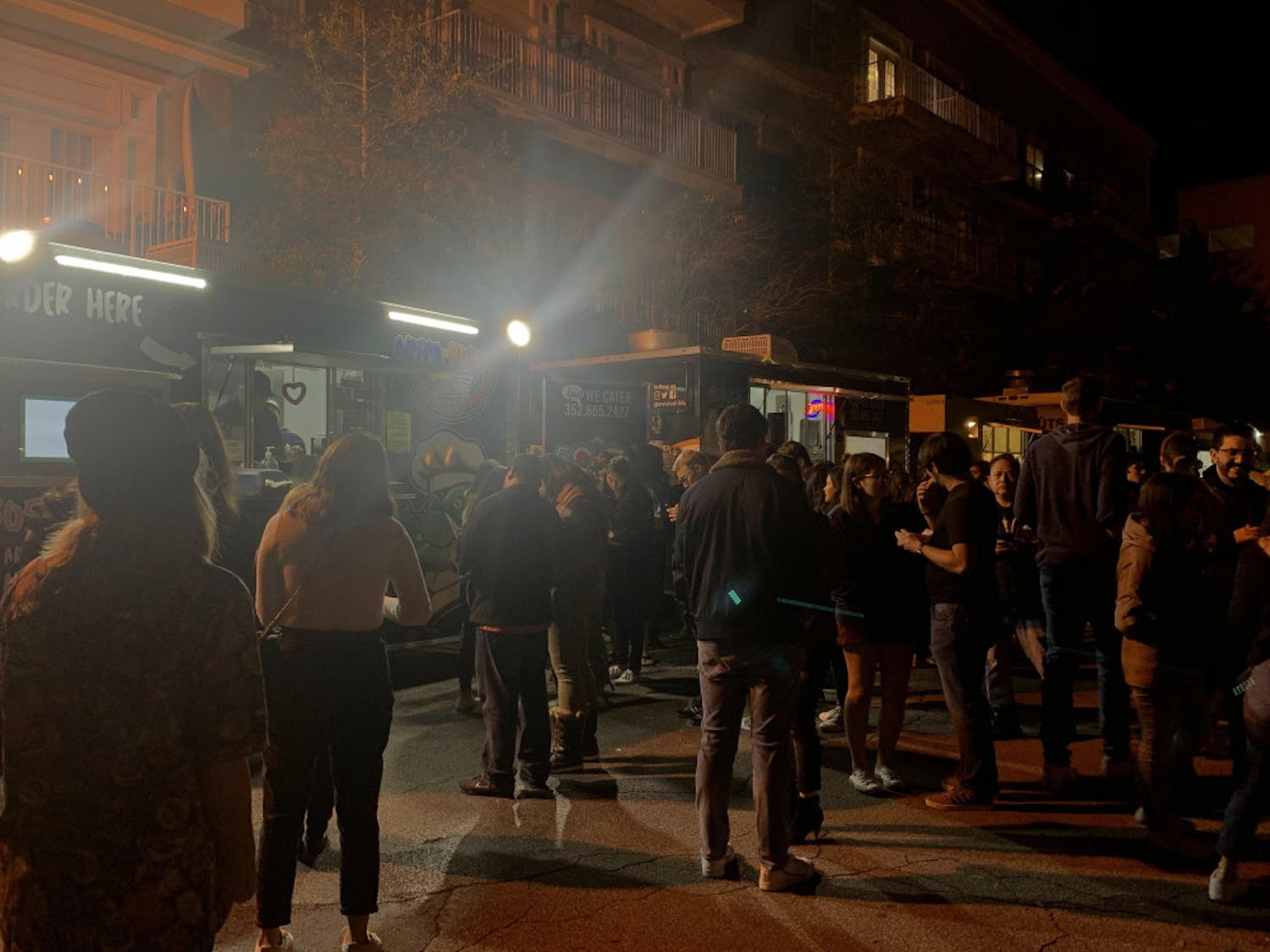 Crowds gathered in High Dive parking lot Saturday night for High Dive Food Truck Rally's 7th anniversary event.