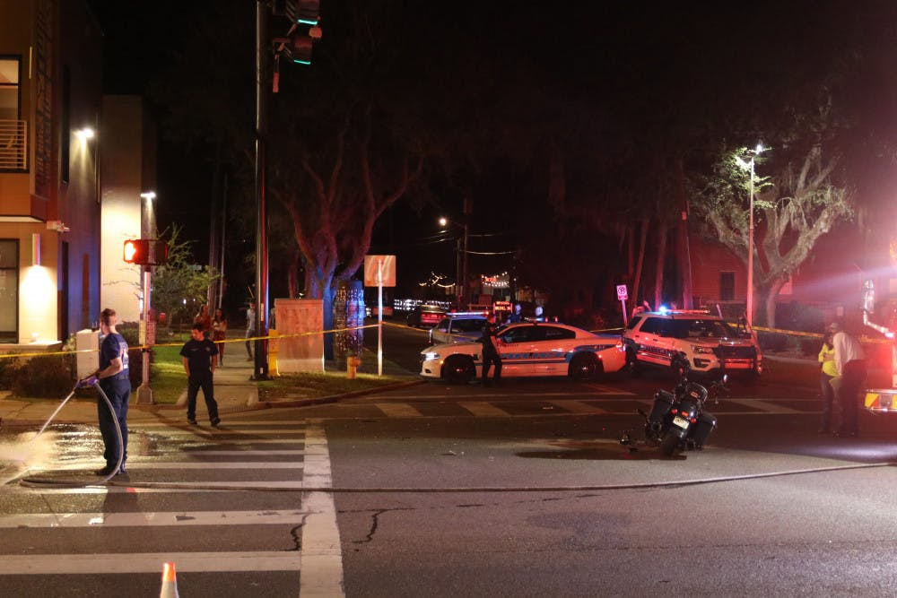 <p>Motorcyclist involved in Saturday night crash near UF in 'serious condition,' GPD says. (Zachariah Chou / Alligator Staff)</p>