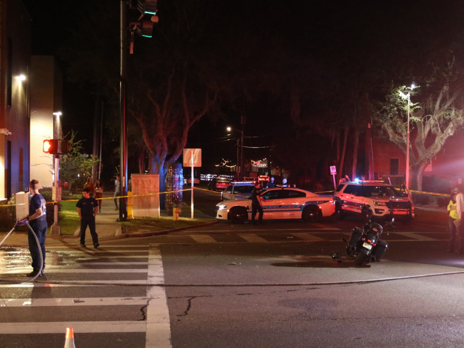 Motorcyclist involved in Saturday night crash near UF in 'serious condition,' GPD says. (Zachariah Chou / Alligator Staff)