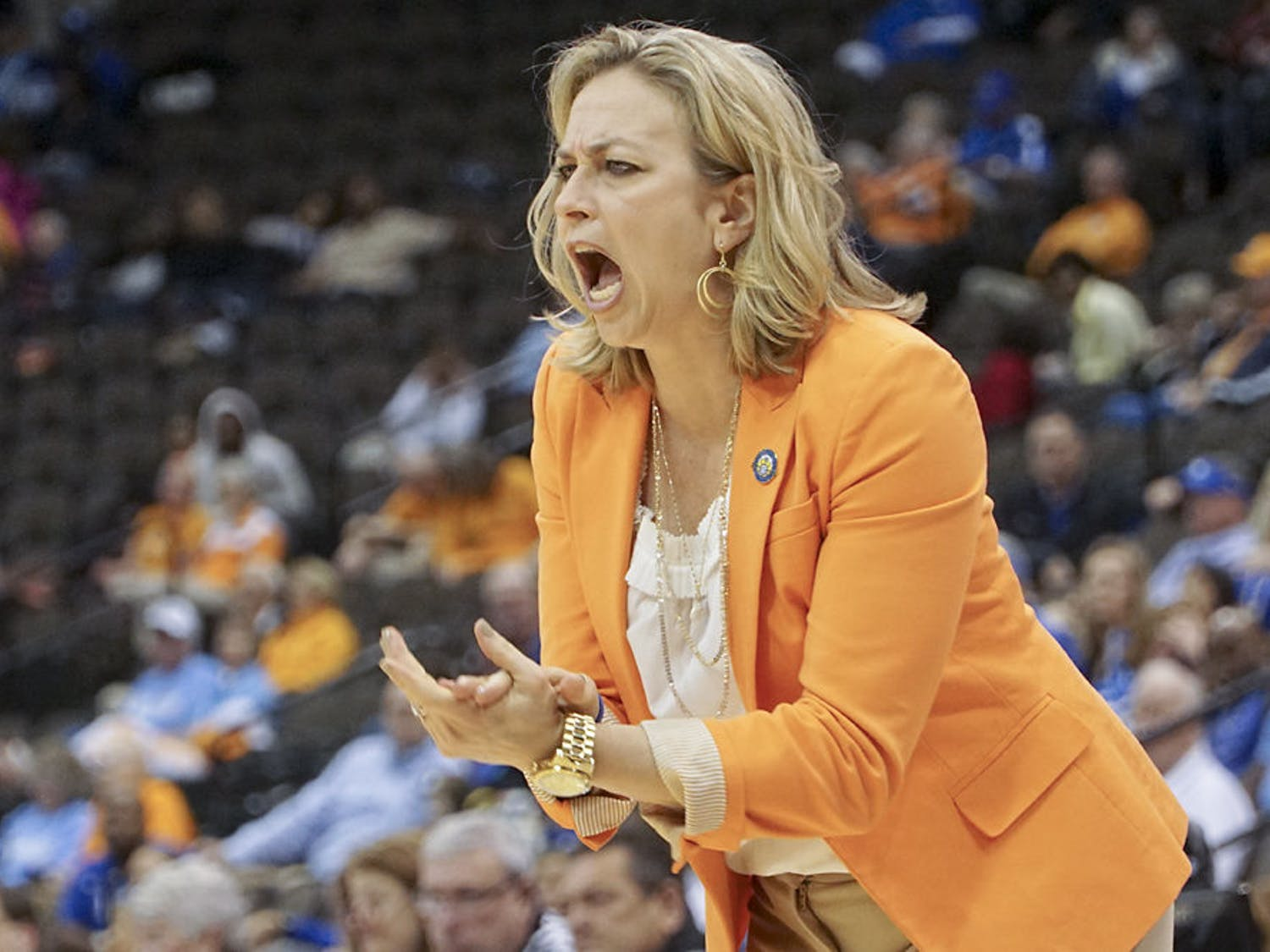 Amanda Butler calls out instructions during Florida's 92-69 loss to Kentucky at the SEC Tournament on March 4, 2016.
