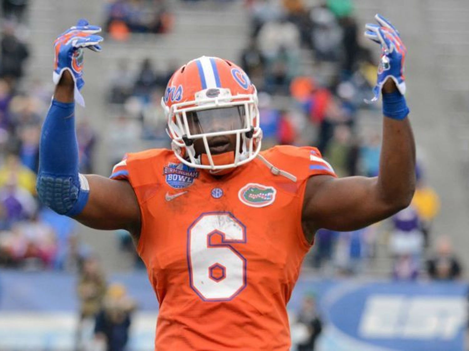Dante Fowler Jr. hypes up the crowd during Florida's 28-20 win in the Birmingham Bowl against East Carolina on Jan. 3 at Legion Field. The Jacksonville Jaguars selected Fowler No. 3 overall in the 2015 NFL Draft on Thursday.