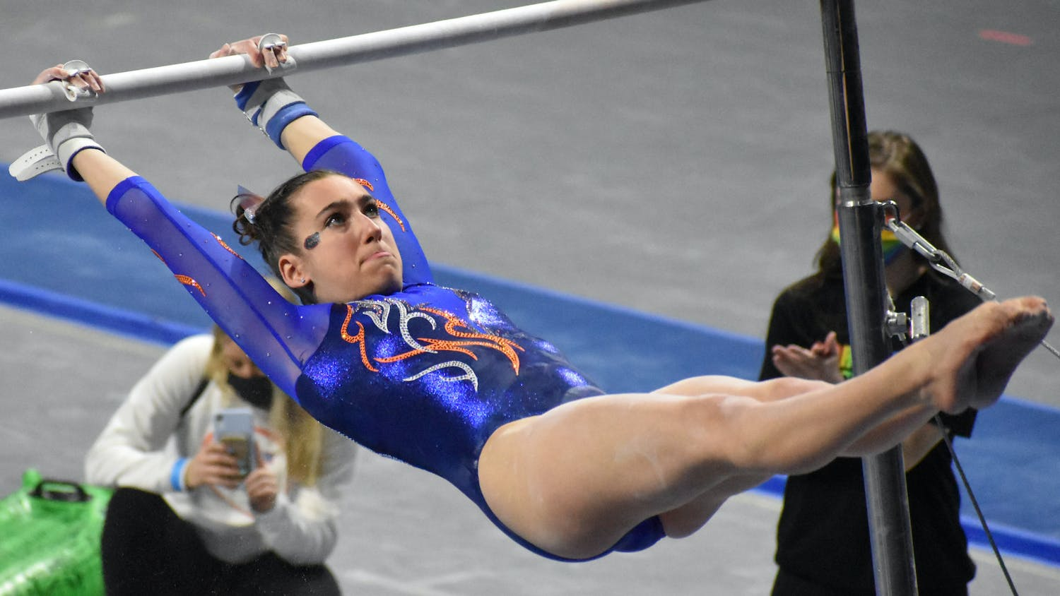 Leah Clapper on the bars during the UF-Missouri meet Jan. 29.