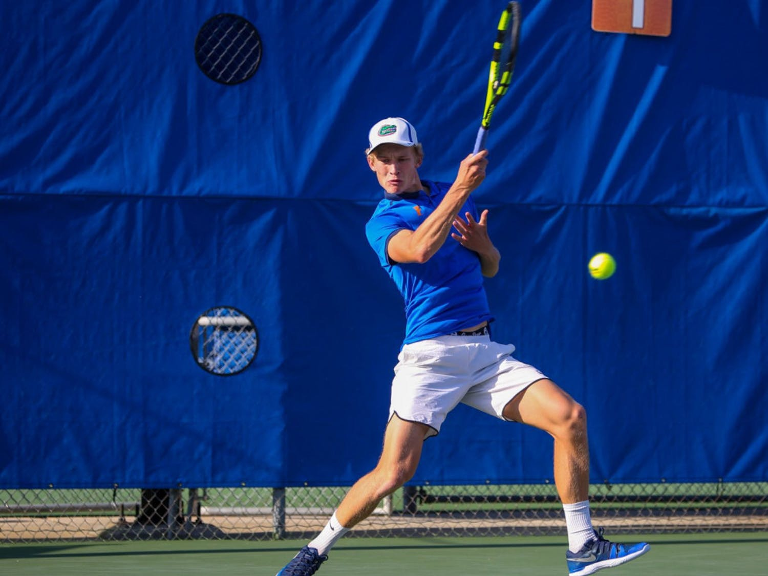 Senior Johannes Ingildsen picked up his 100th win for Florida against USF on Sunday. The Copenhagen, Denmark native now ranks eighth in singles victory at UF.