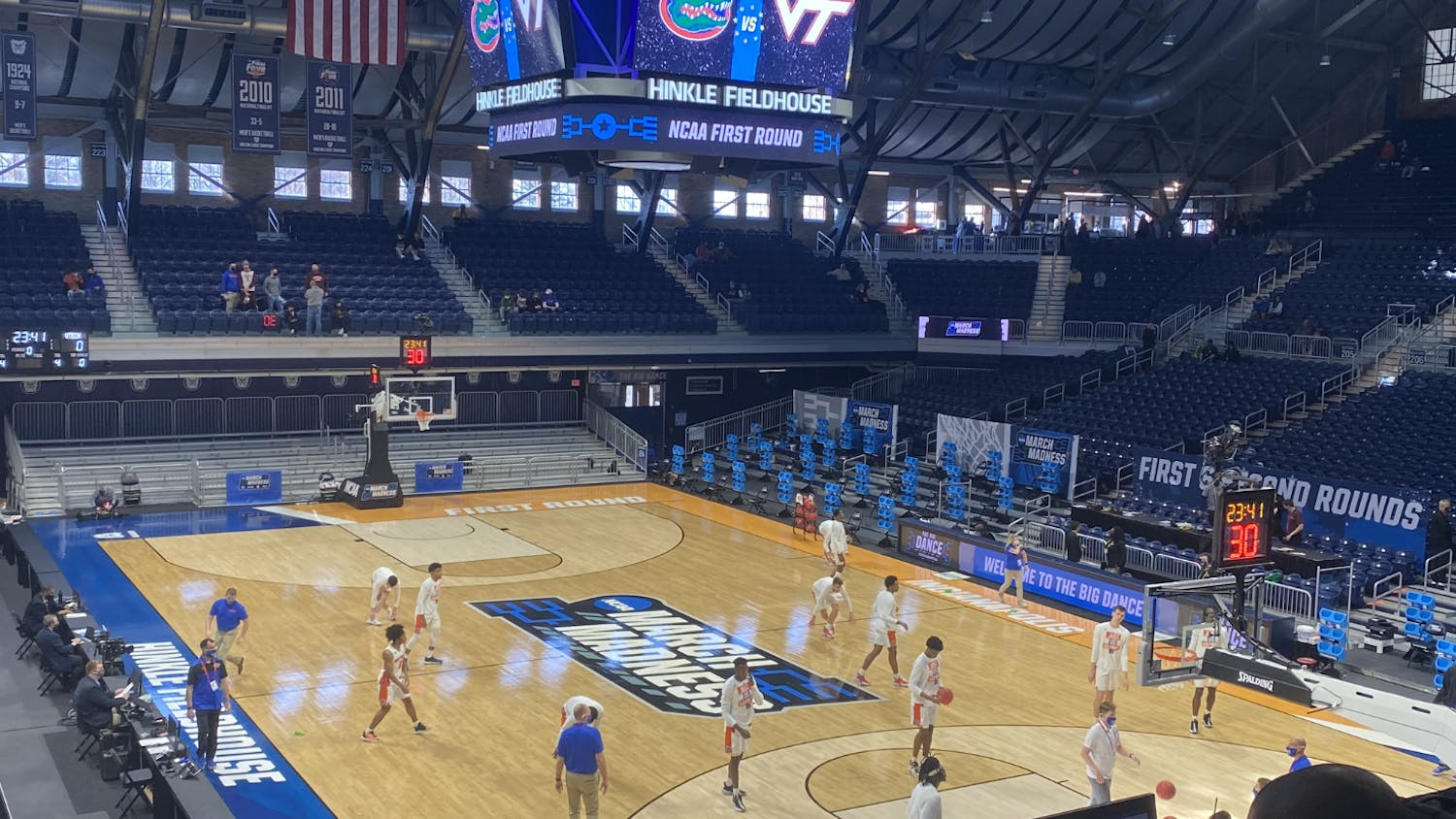 Florida warms up at the hallowed Hinkle Fieldhouse before it's first-round game against Virginia Tech Mar. 19