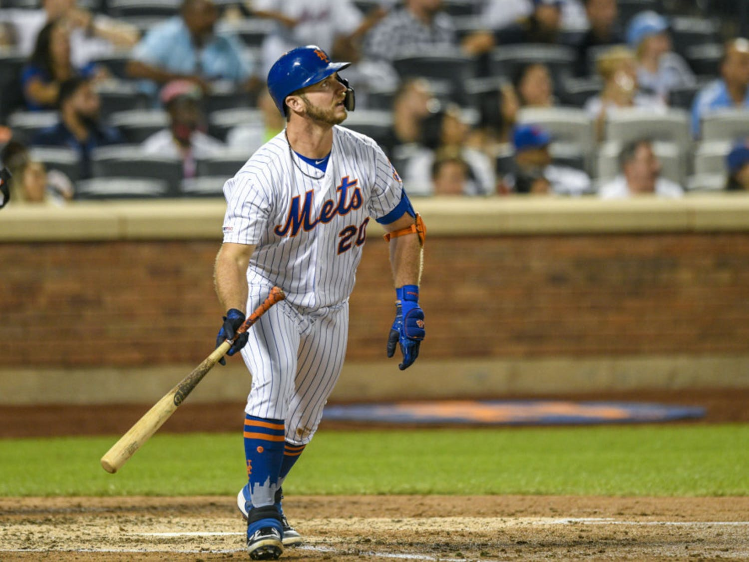 Pete Alonso leads all rookies with 34 home runs and 77 RBIs.