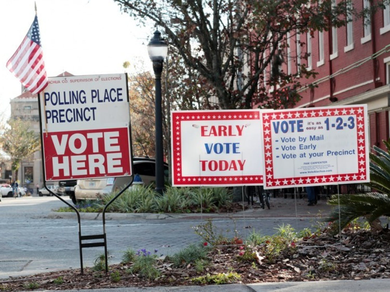 UF College Democrats is offering voters free rides to polling locations, including the Supervisor of Elections County Administration building at 12 SE First St., for the Gainesville city elections on Jan. 31.
