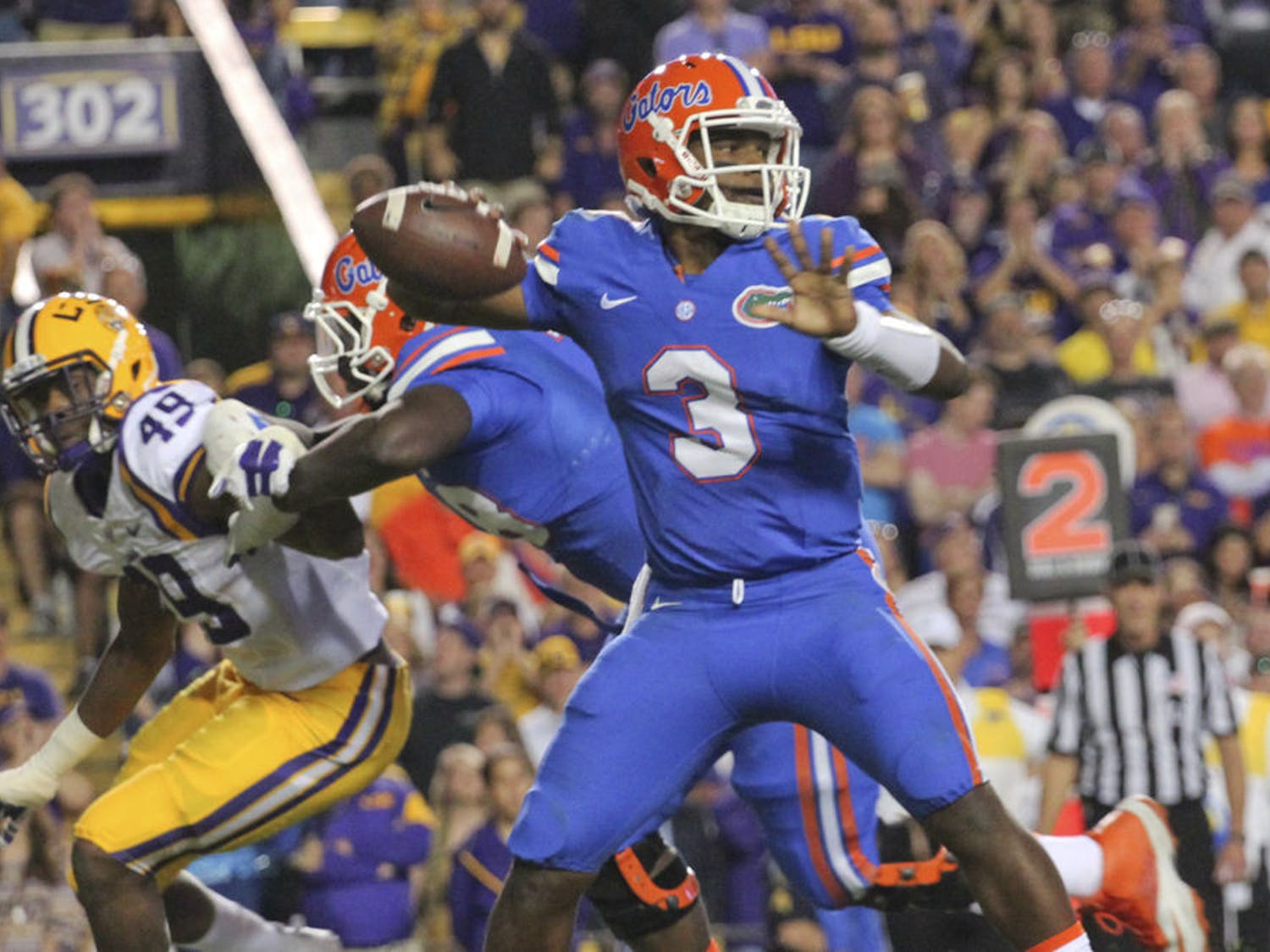 UF quarterback Treon Harris prepares to pass during Florida's 35-28 loss to LSU on Oct. 17, 2015, at Tiger Stadium in Baton Rouge, Louisiana.
