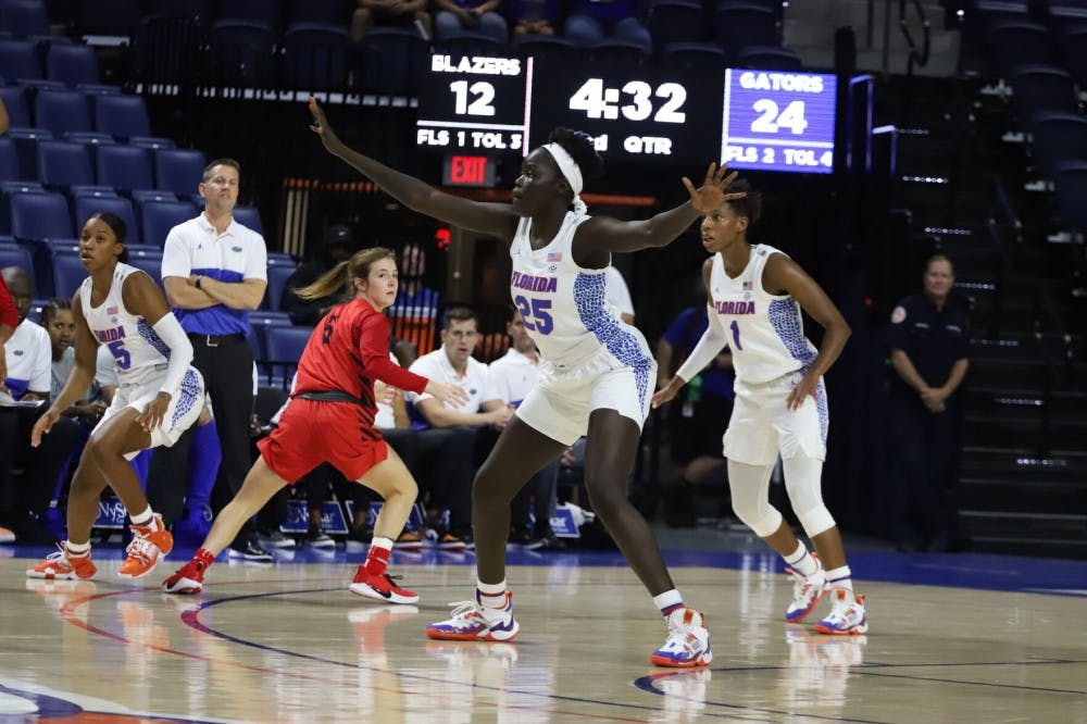 <p>Florida forward Faith Dut (25) chipped in six point in Florida&#x27;s overtime victory vs. LSU Thursday</p>