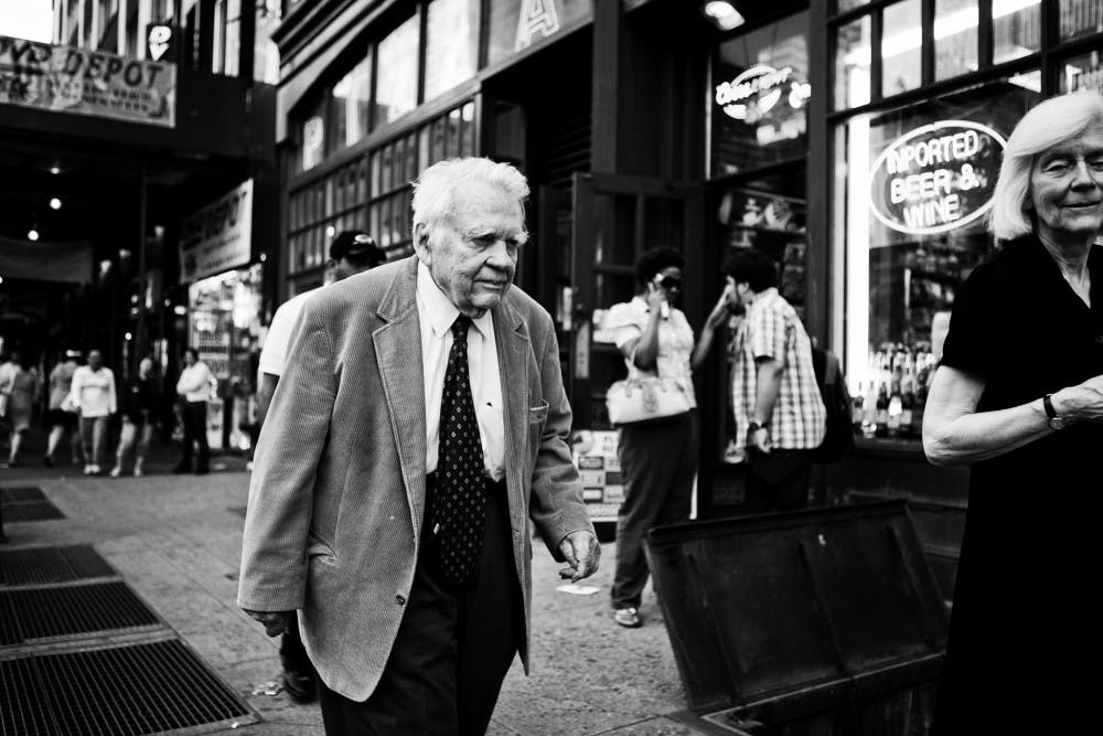 Photo of Andy Rooney from Wikimedia Commons.