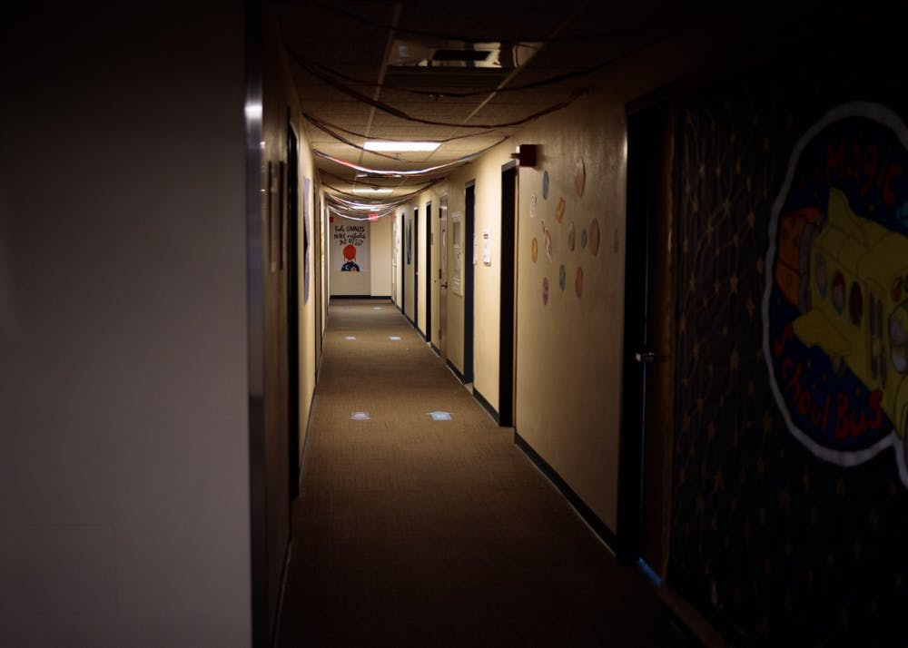 The hallways in Mehling Hall have backup lights that go in power outages.