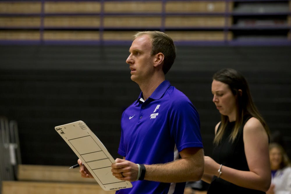 Jeff Baxter enters his second year as head coach of the volleyball team.