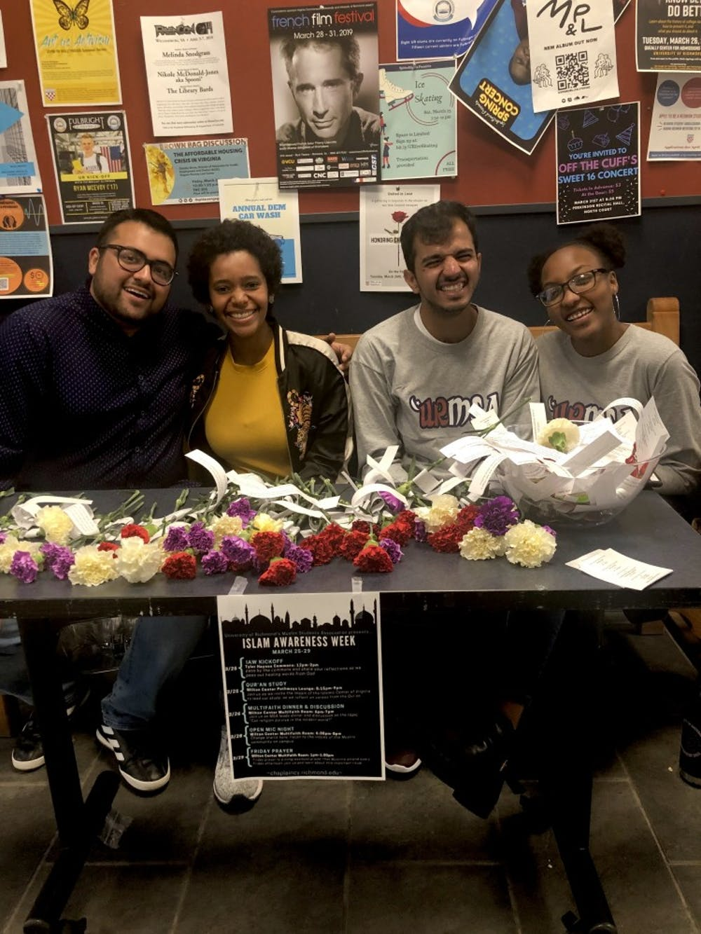 <p>Members of the Muslim Student Association table in the Tyler Haynes Commons to promote Islam Awareness Week.</p>