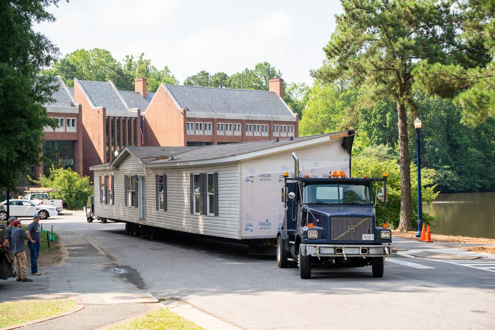 <p>A modular unit used for student quarantine and isolation &nbsp;in the 2020-2021 academic year was prepared for transport to Norton, Virginia on July 27. <em>Photo courtesy of the University of Richmond</em>.&nbsp;</p>