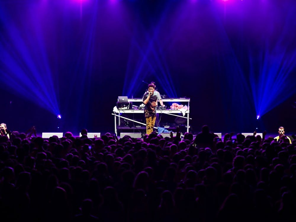 The spring concert featured performance sets from singers Bryce Vine and Sean Kingston on April 5 in the Robins Center.